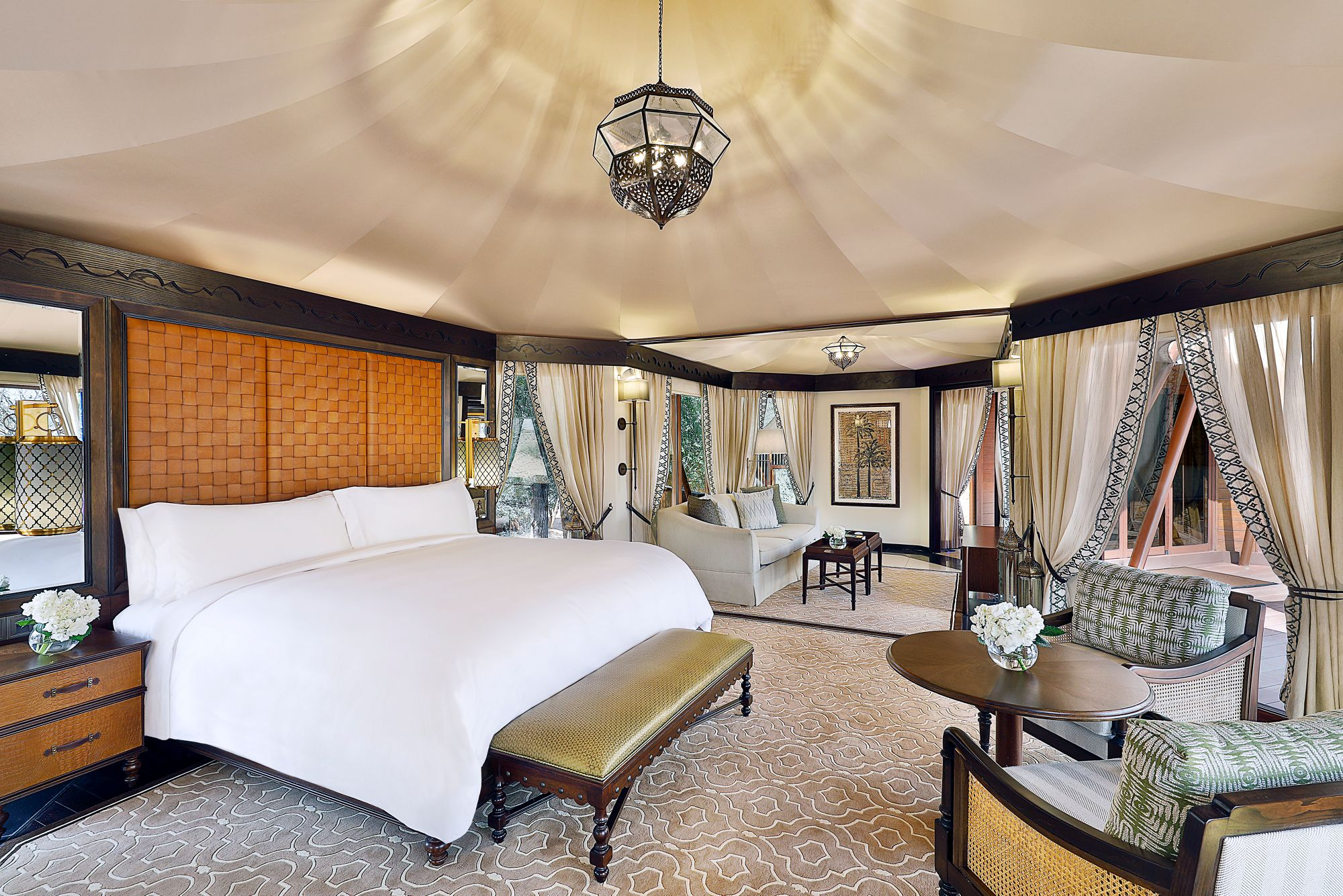 ritz-carlton-al-wadi-tent-suite