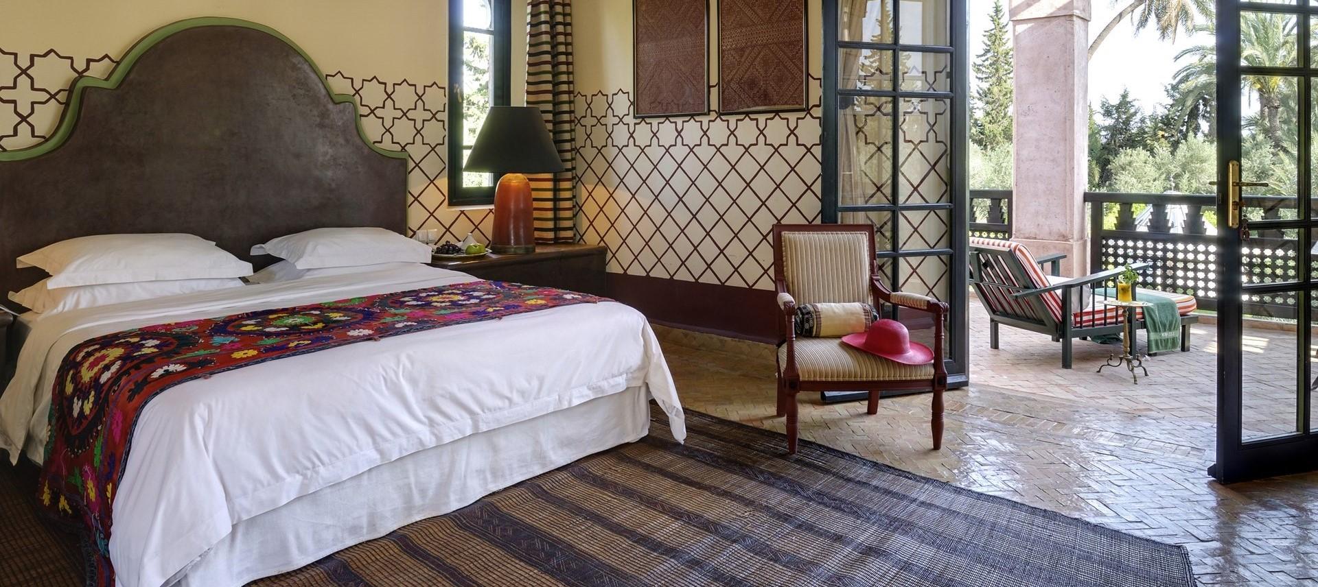 villa-ezzahra-first-floor-double-bedroom