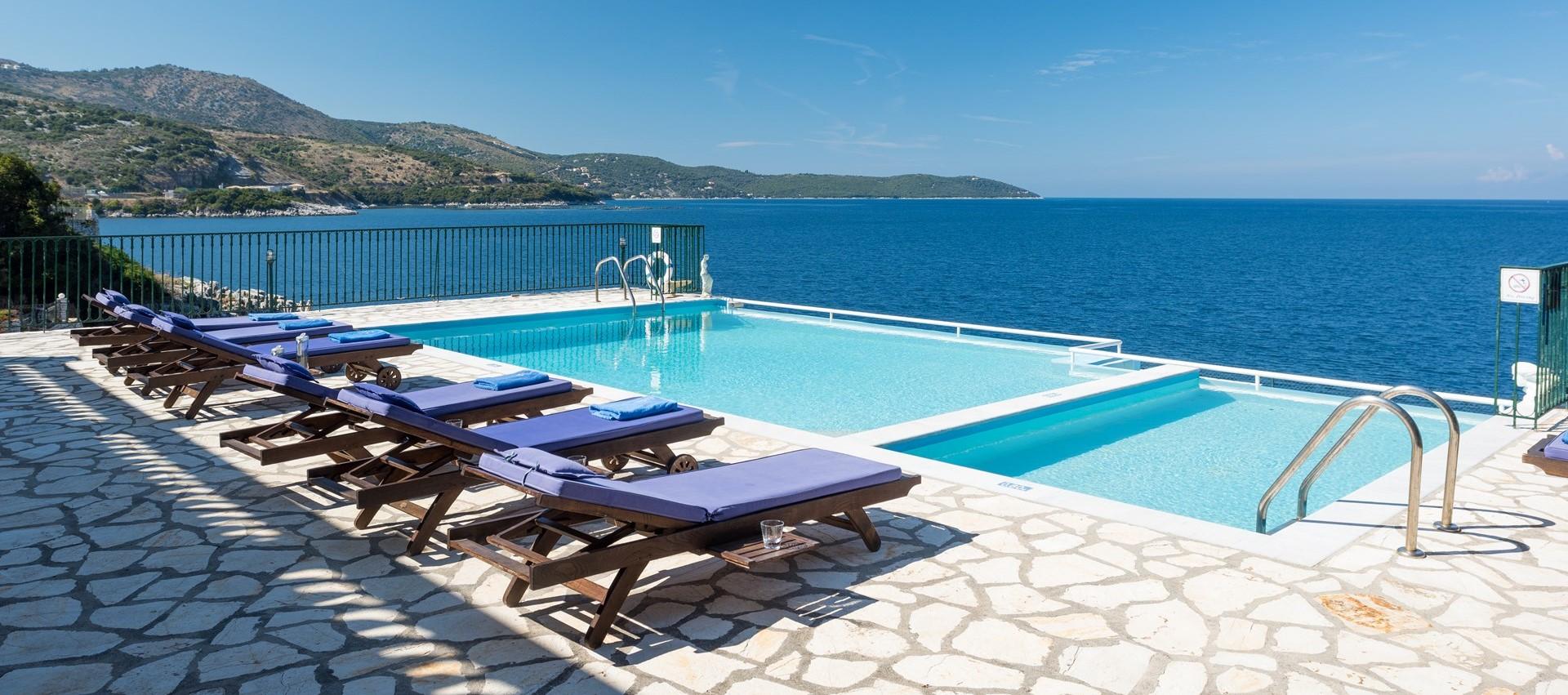 4-bedroom-luxury-villa-kassiopi