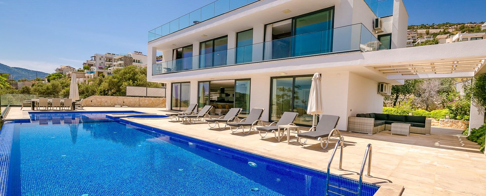 5-bedroom-luxury-villa-kalkan