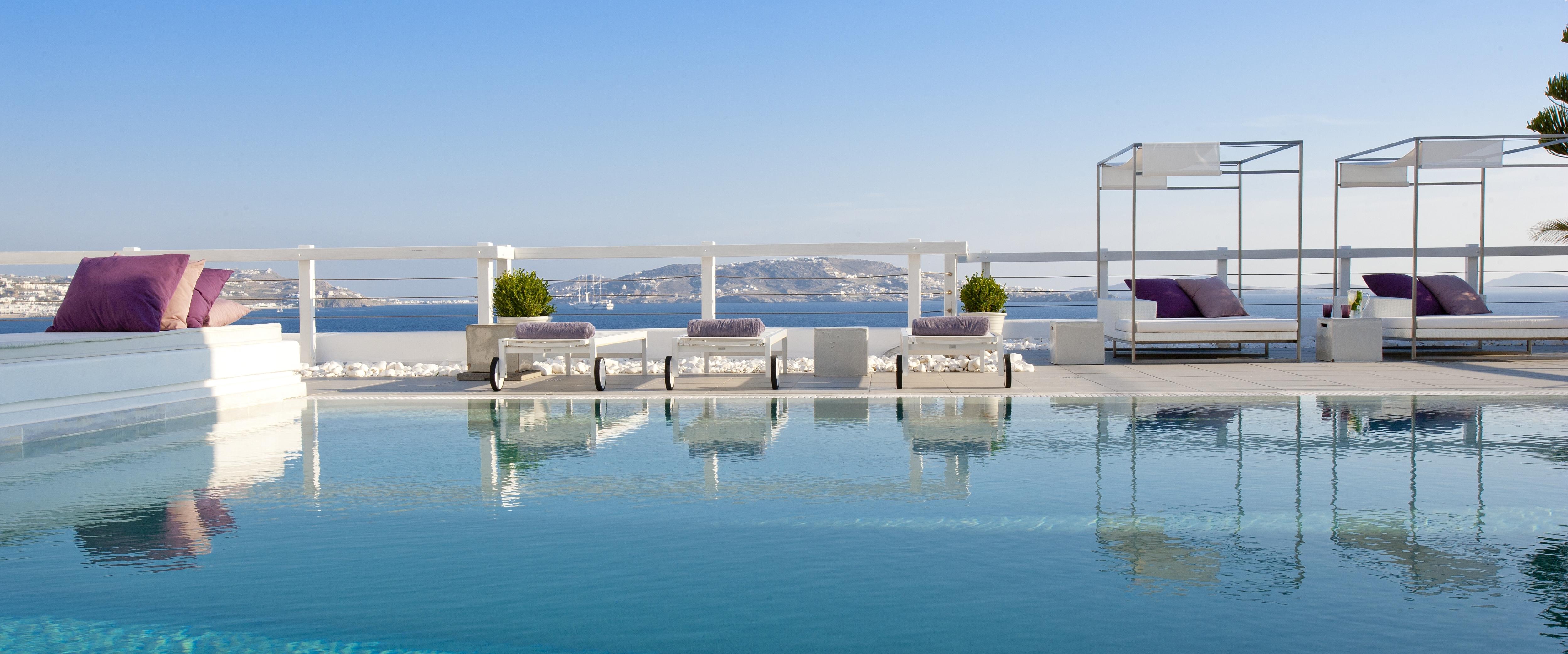 swimming-pool-grace-mykonos