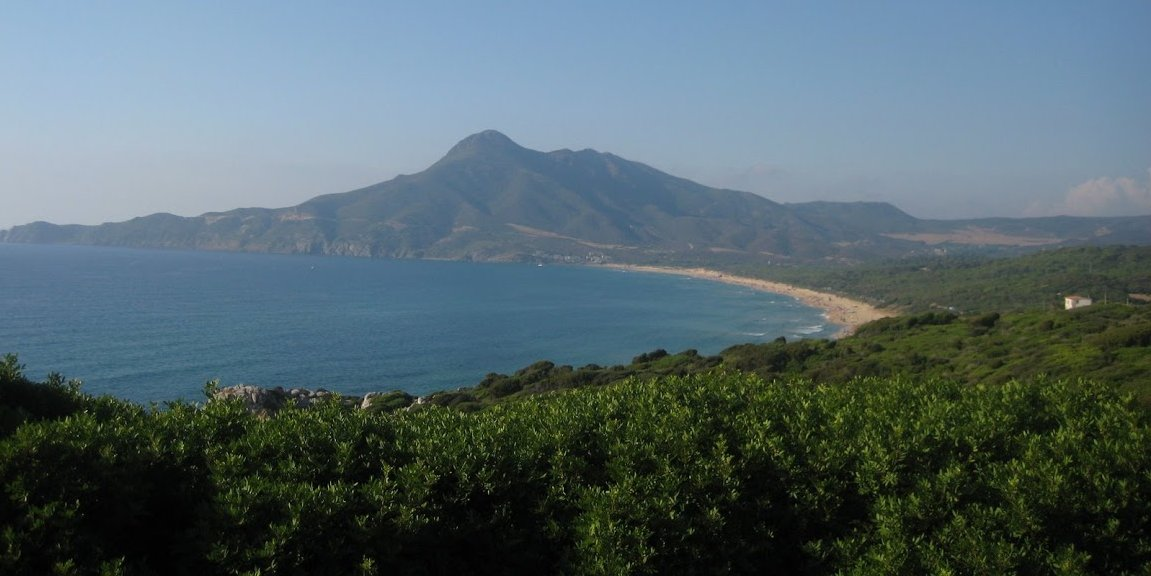 beach-villa-sardinia-italy