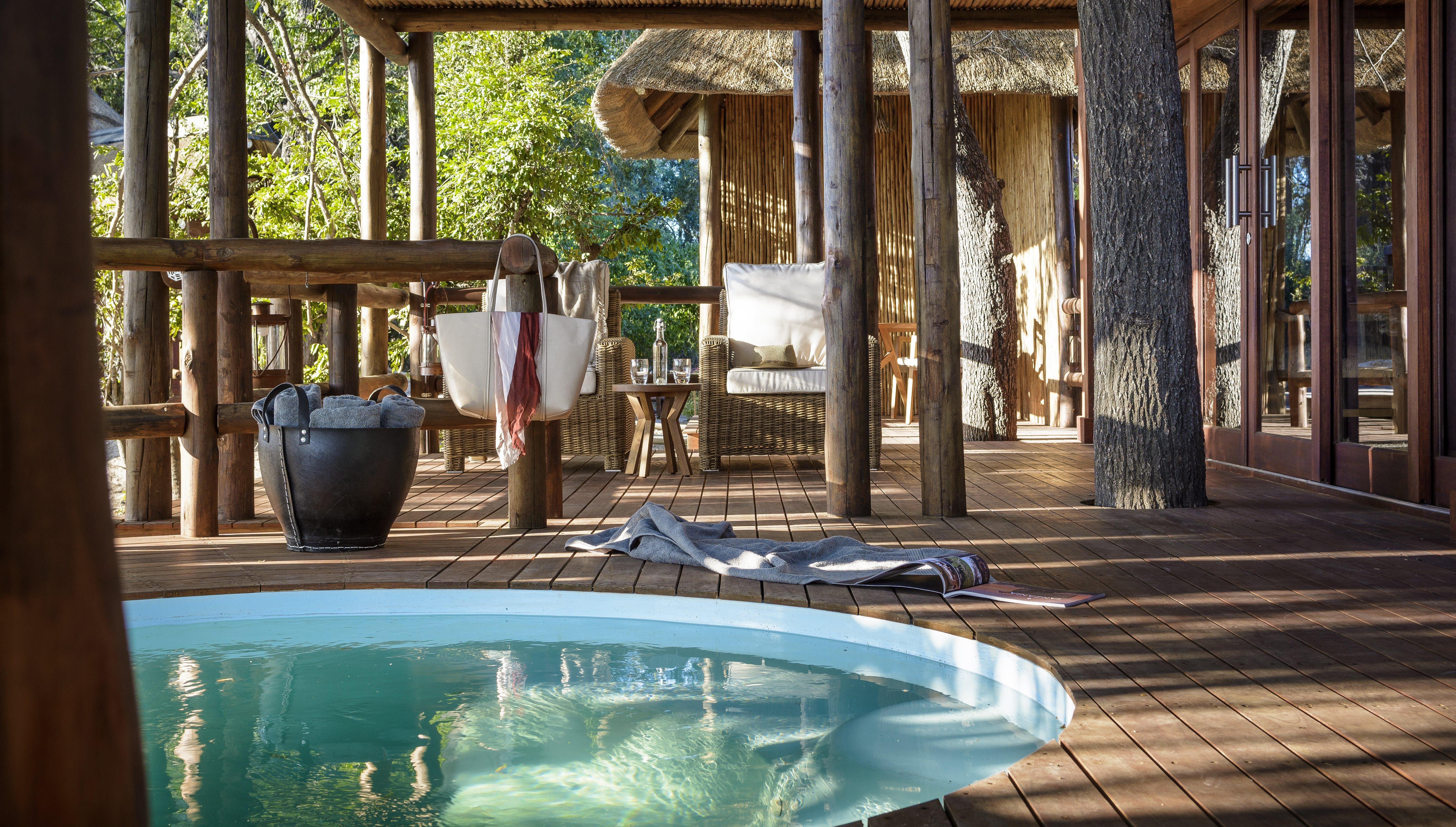 chiefs-camp-pavilion-plunge-pool