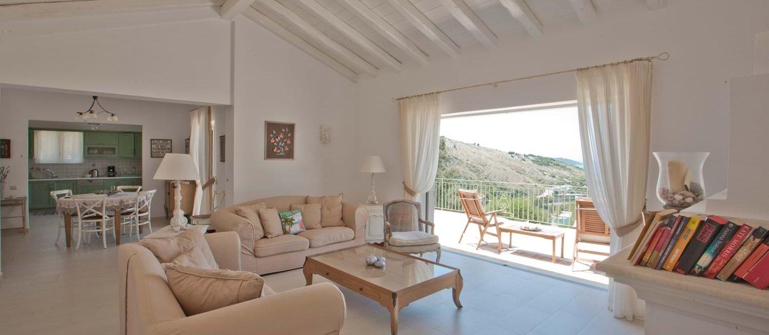 villa-trelli-rodia-open-plan-interior