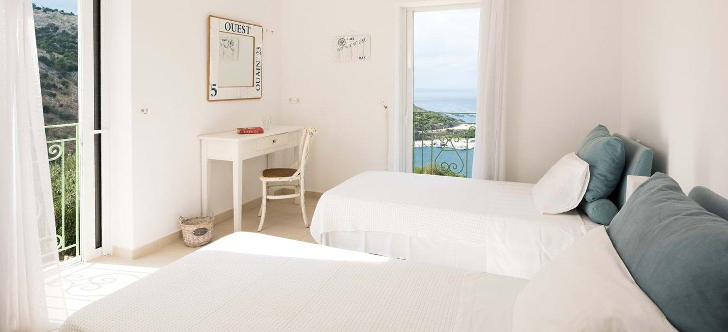 villa-trelli-rodia-twin-bedroom-1