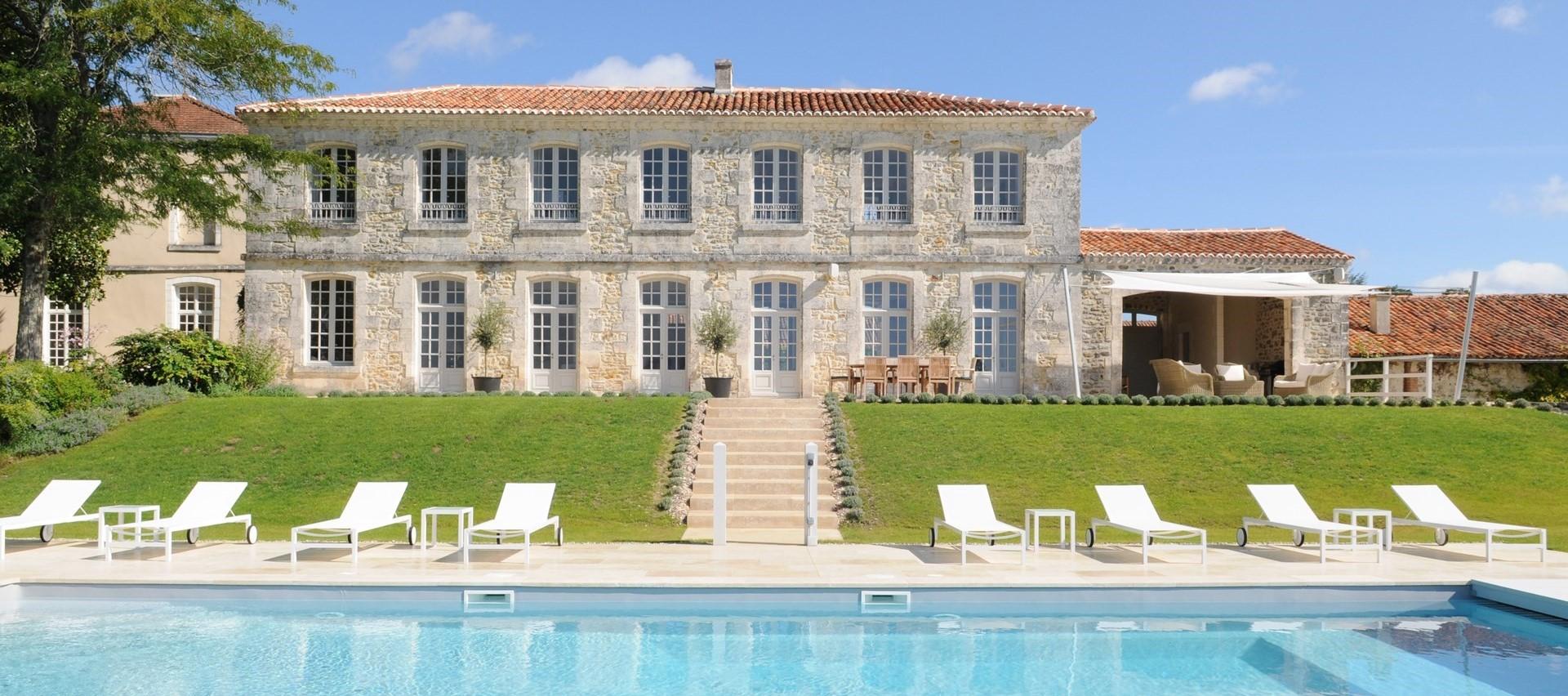 luxury-8-bedroom-villa-dordogne