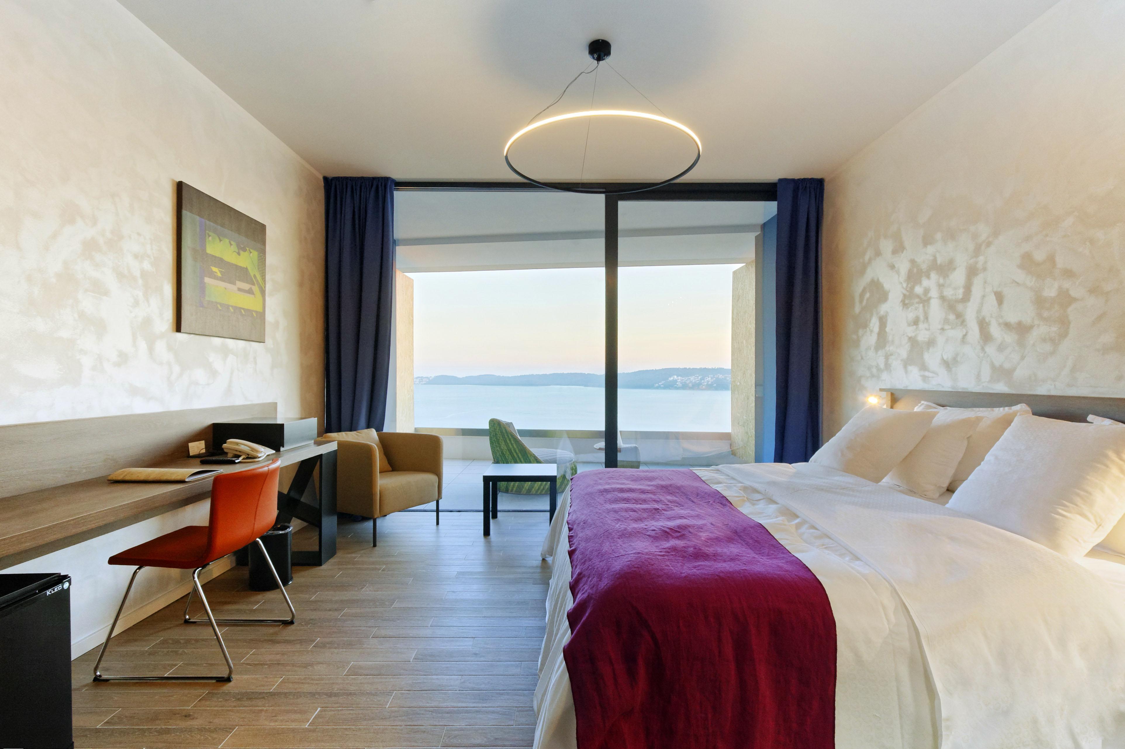 Superior-room-hotel-ola