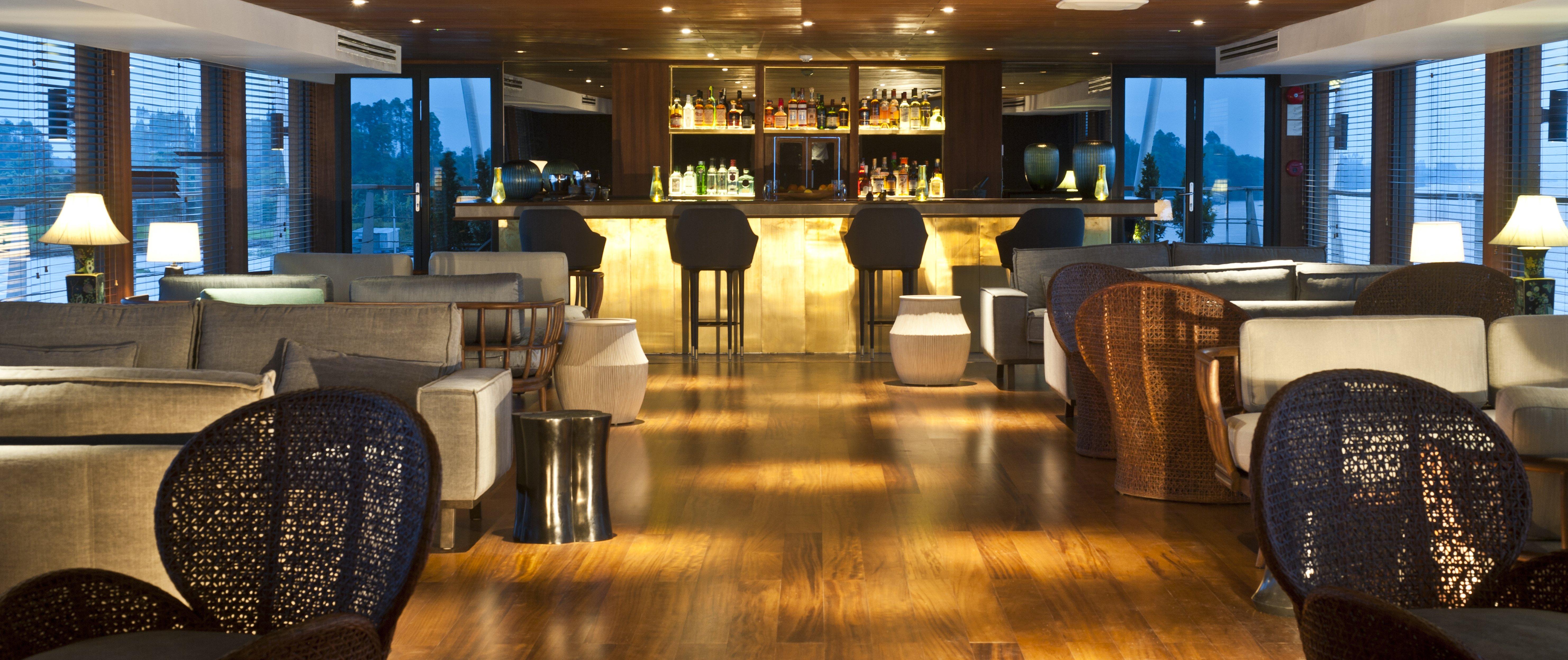 Aqua-Mekong-Indoor-Lounge