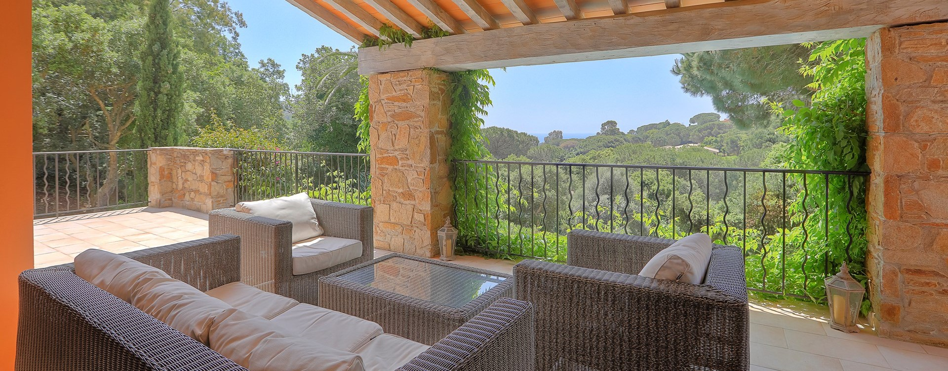 luxury-3-bedroom-villa-south-of-france