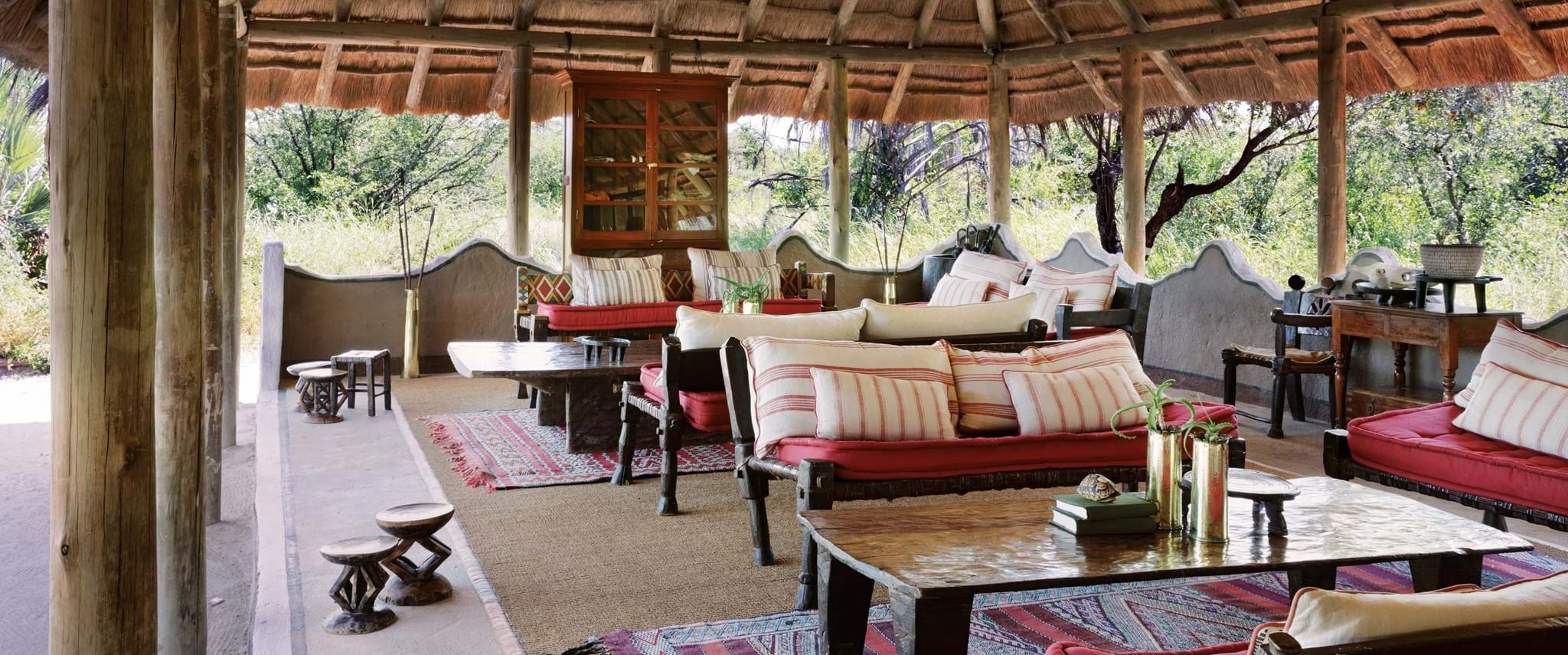 camp-kalahari-guest-lounge
