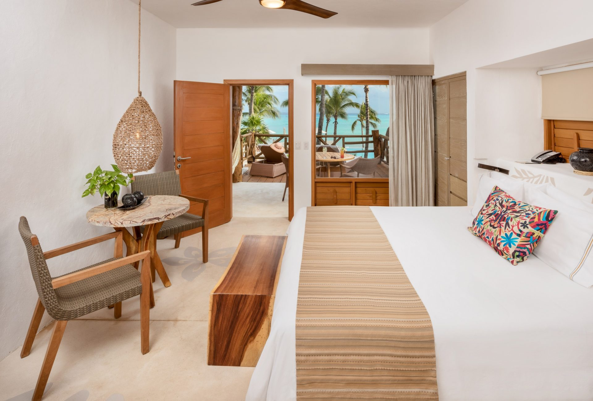 Ocean-View-bedroom-mahekal
