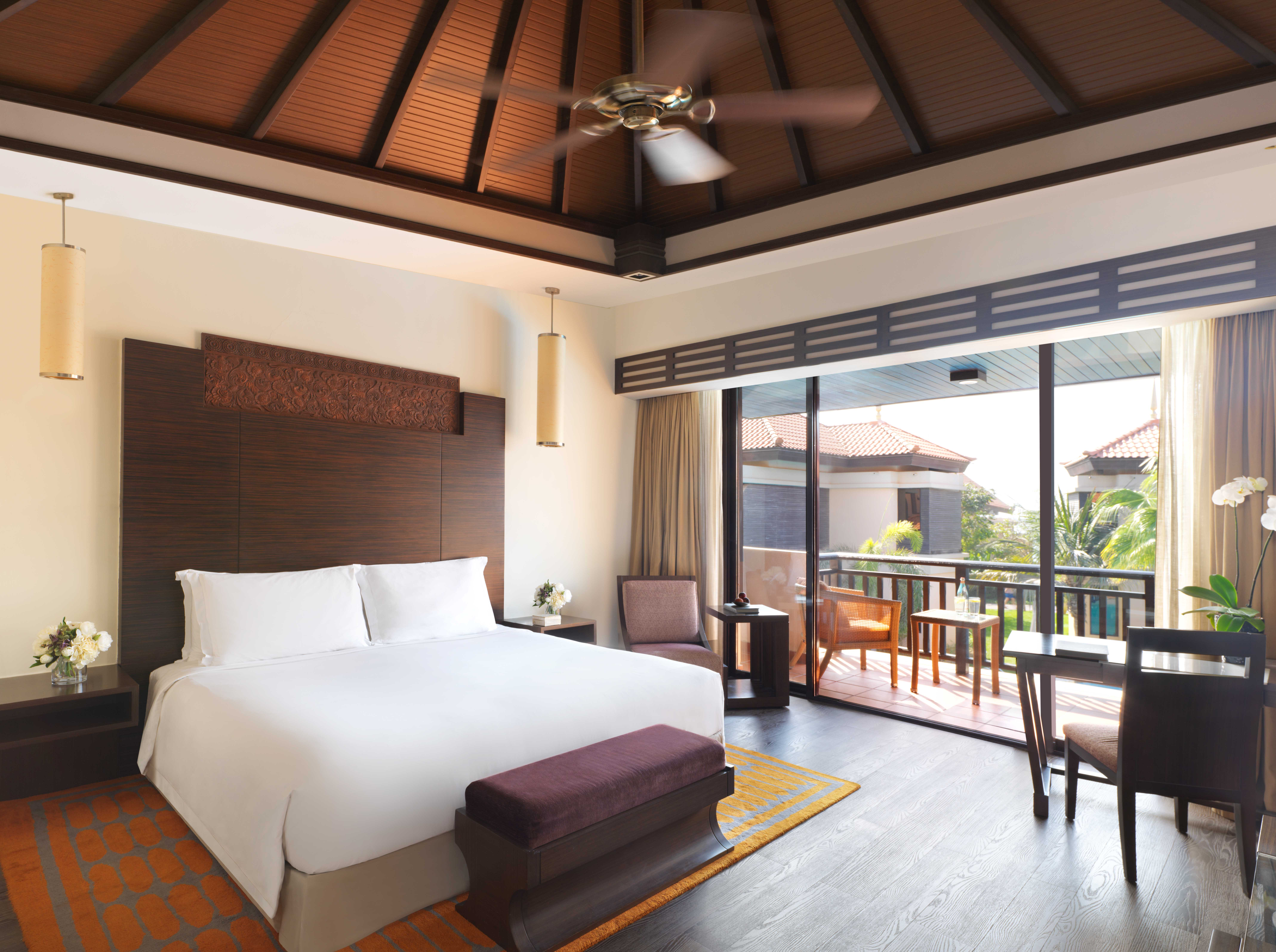 anantara-the-palm-dubai-luxury-room