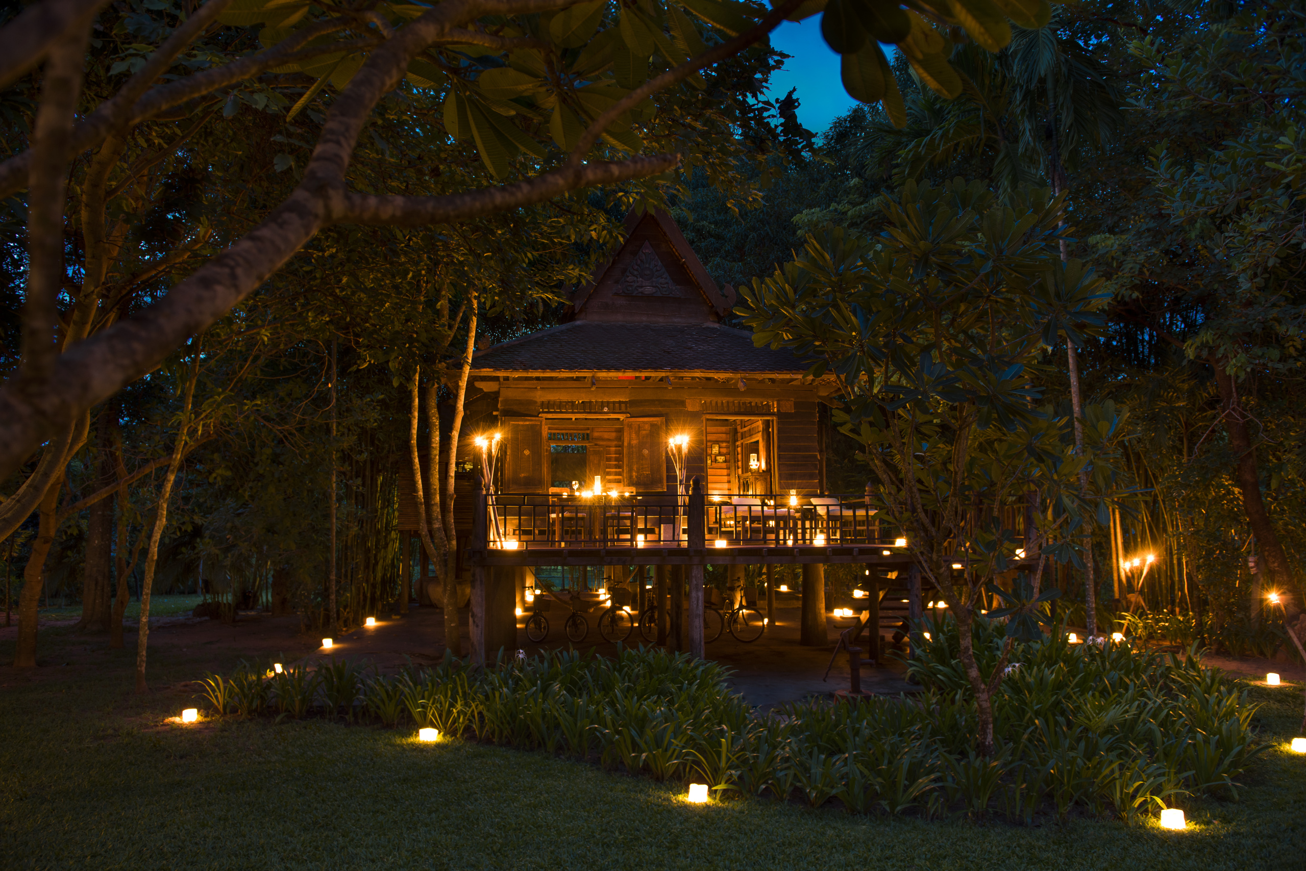 Khmer-Village-House-siem-reap