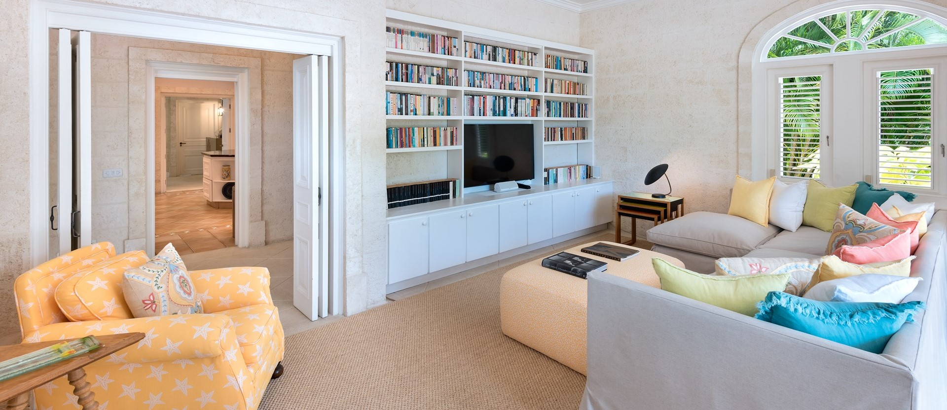 villa-gardenia-barbados-tv-lounge