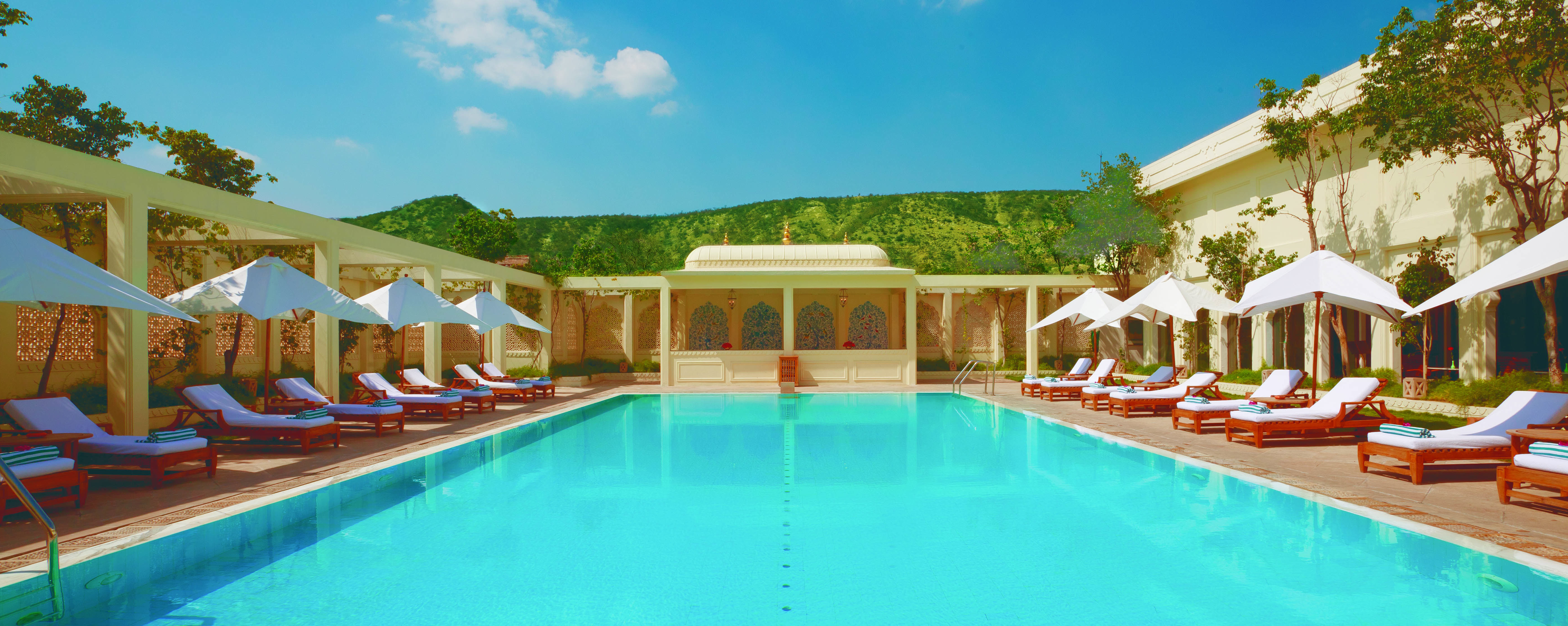 trident-jaipur-swimming-pool
