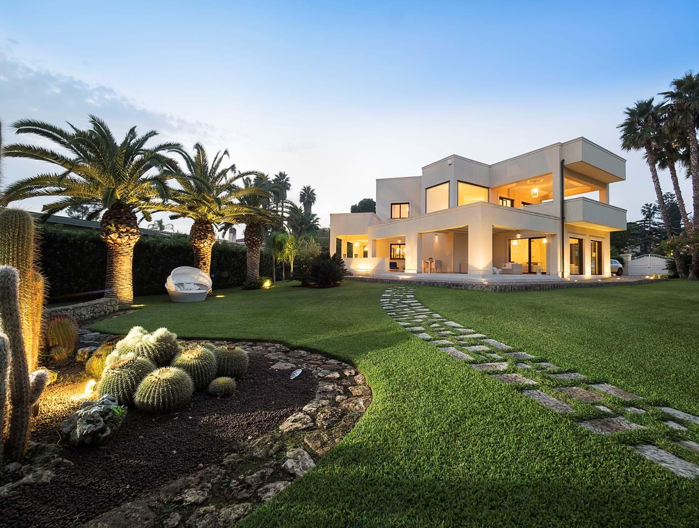 luxury-pool-family-villas-sicily