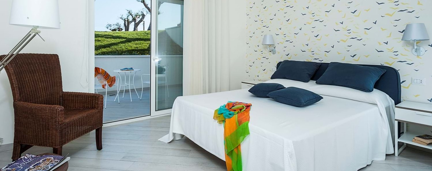 mare-nel-bleu-double-bedroom-3