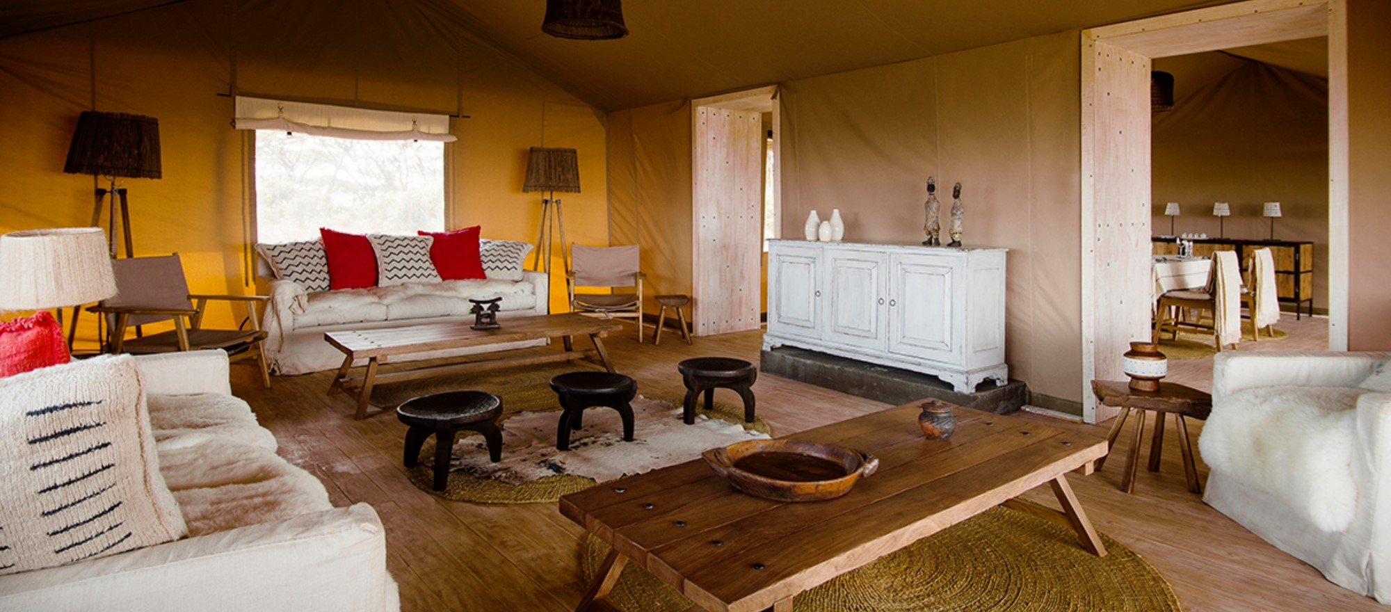 entamanu-tent-lounge-tanzania