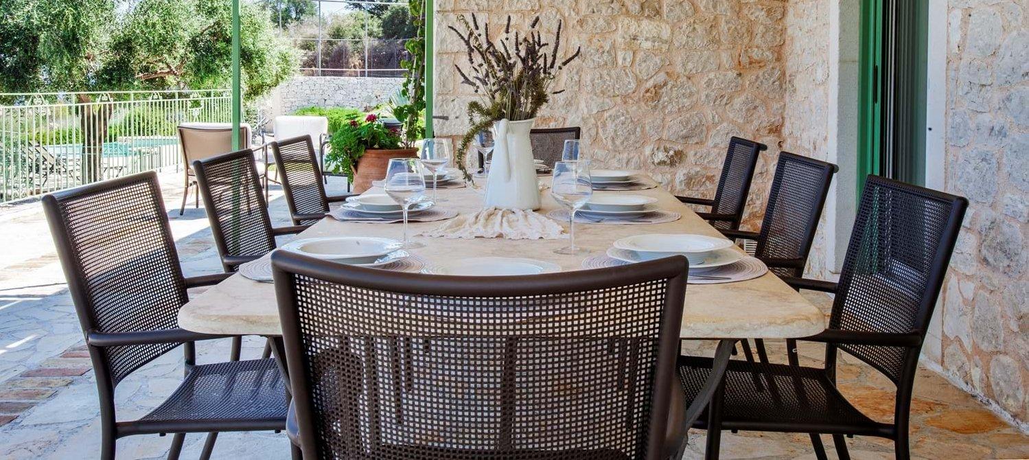 villa-trelli-rodia-corfu-alfresco-dining