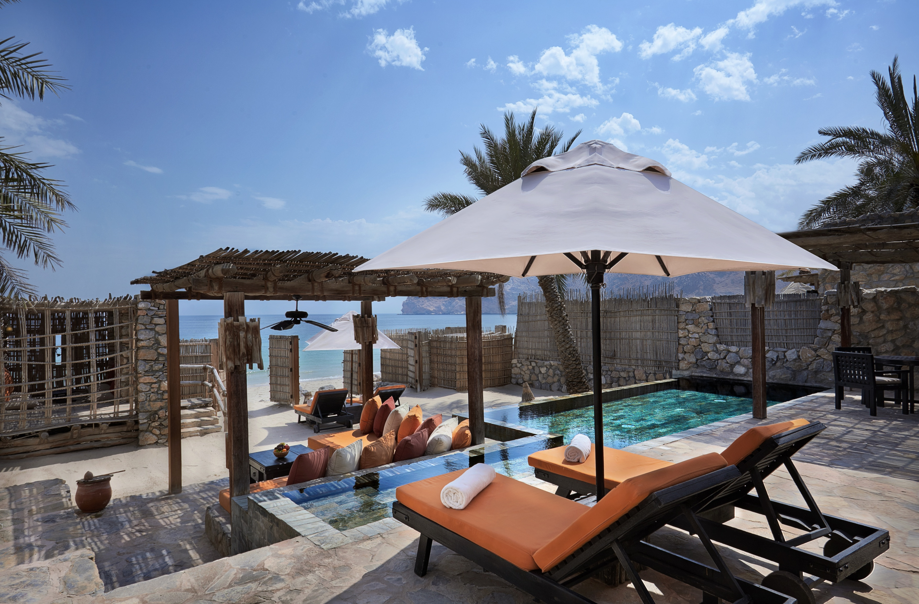 six-senses-zighy-bay-pool-villa