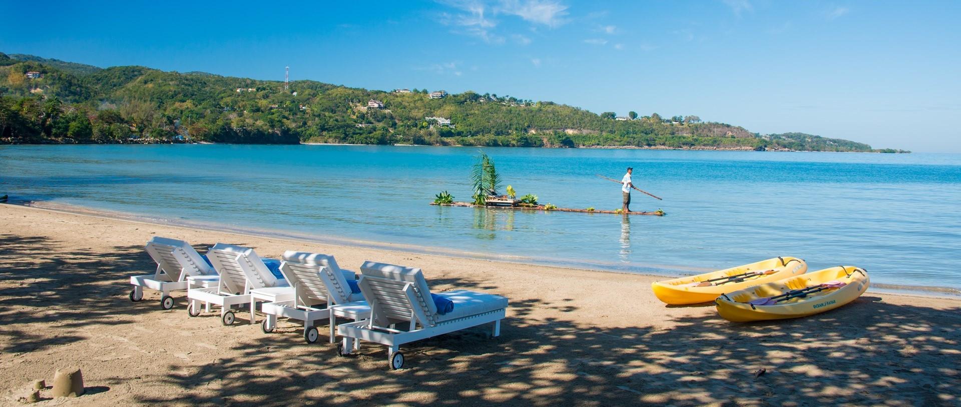 noble-house-villa-beach-sunloungers