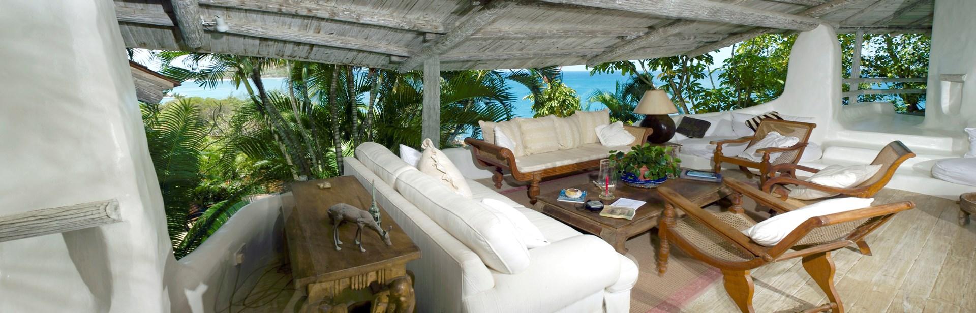 smugglers-nest-villa-lounge