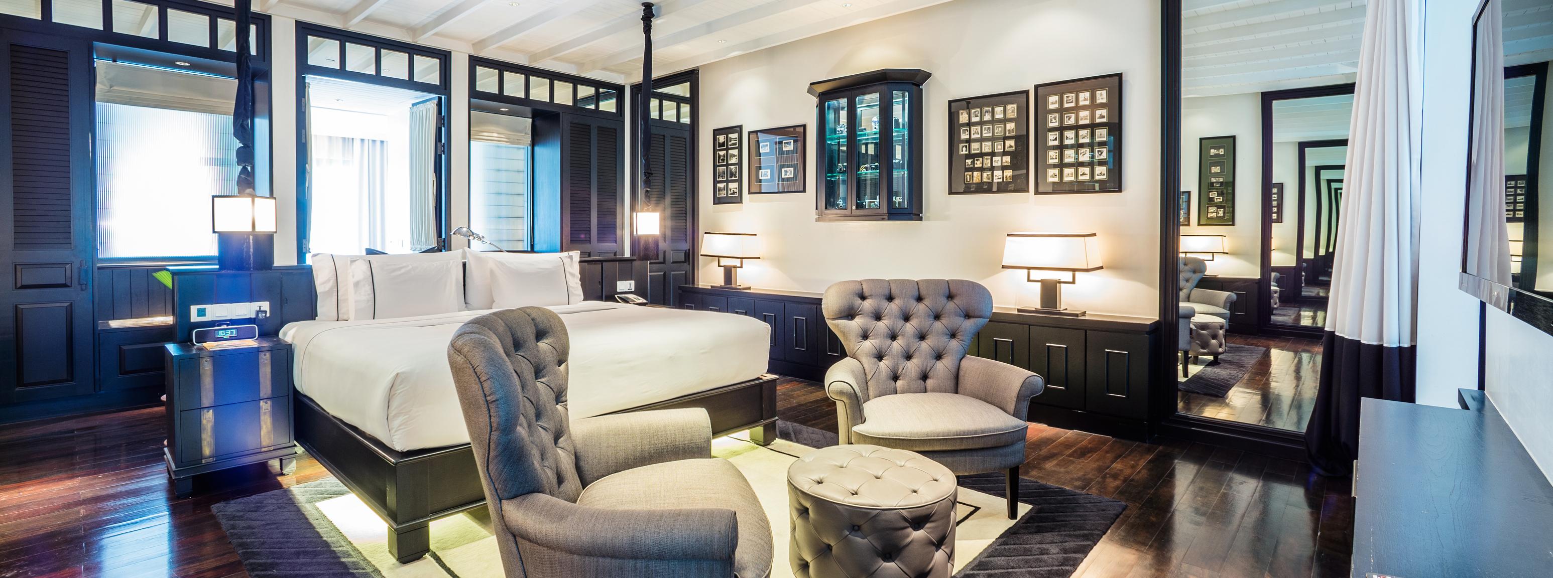 The-Siam-Suite-Bedroom