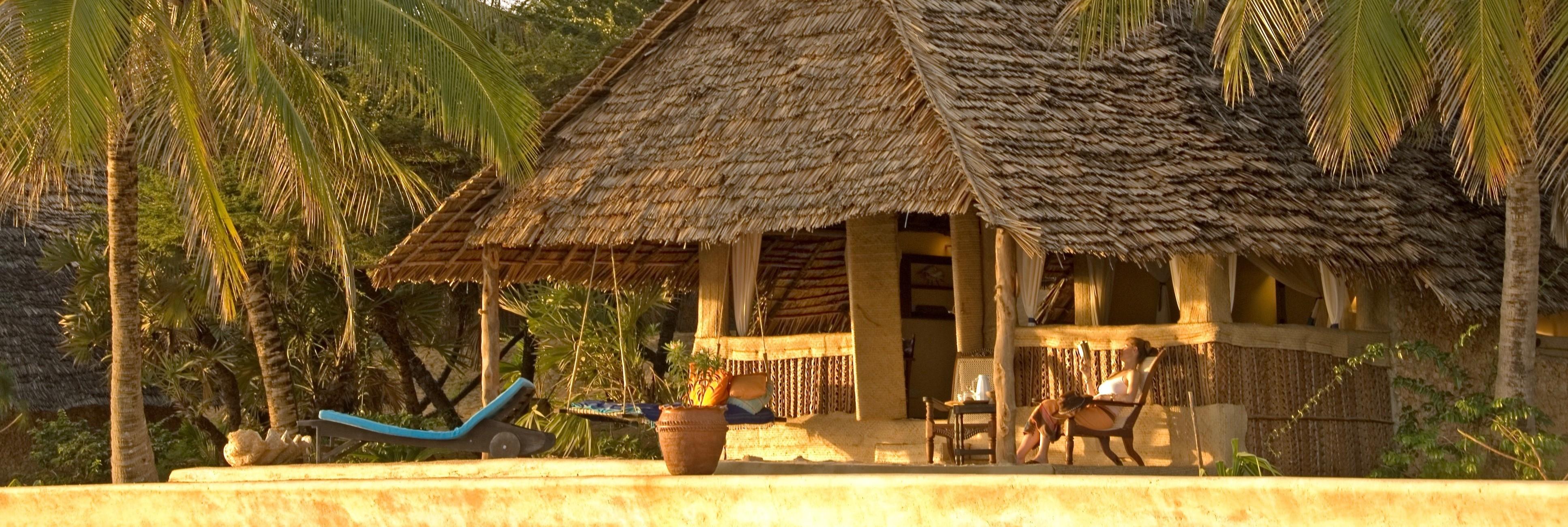 manda_bay_beachfront_room_exterior
