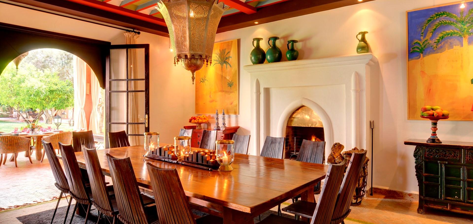 villa-ezzahra-inside-dining-room