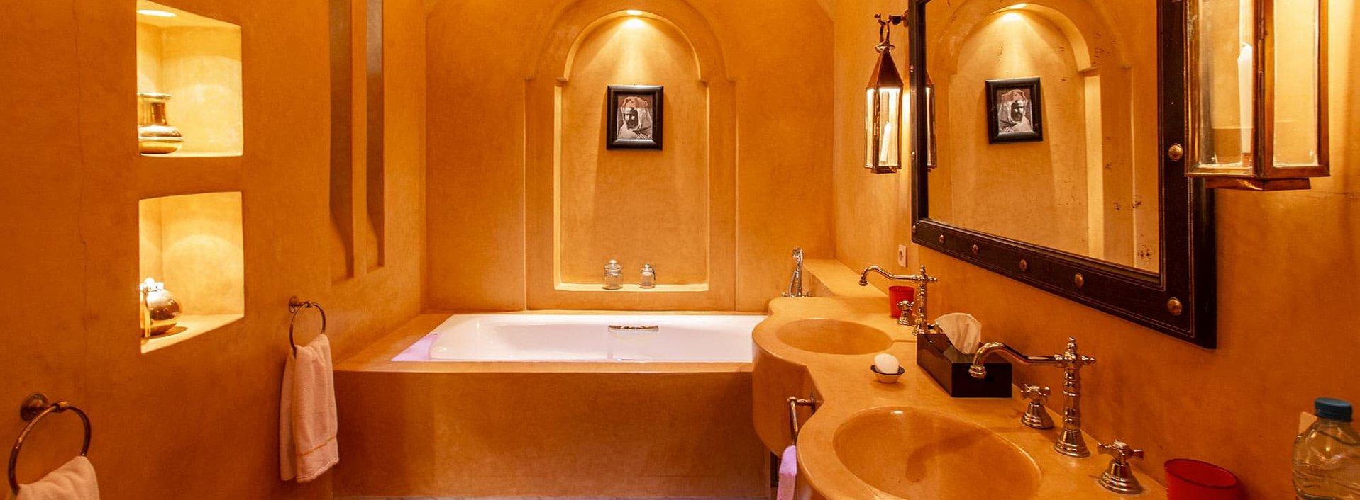 marrakech-villa-jacaranda-bathroom-suite