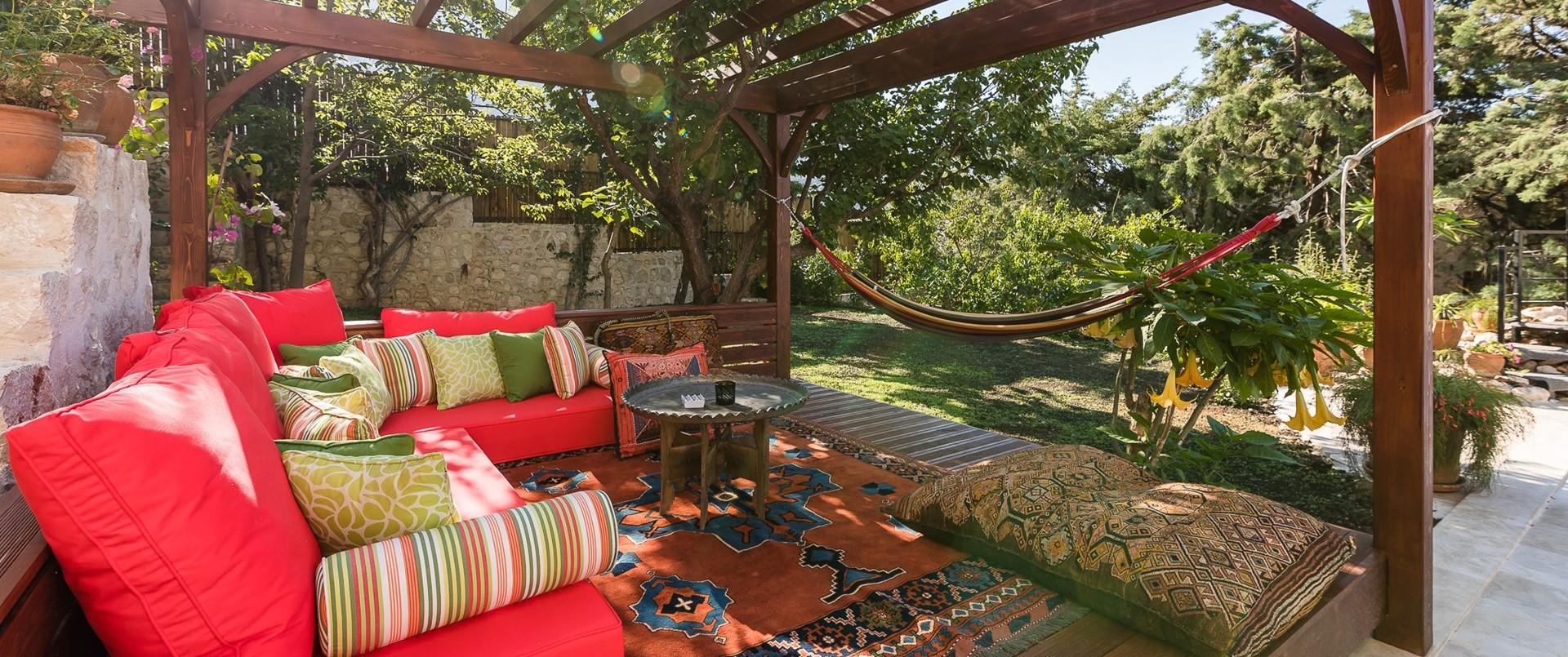 luxury-5-bedroom-kalkan-villa-pool-caban