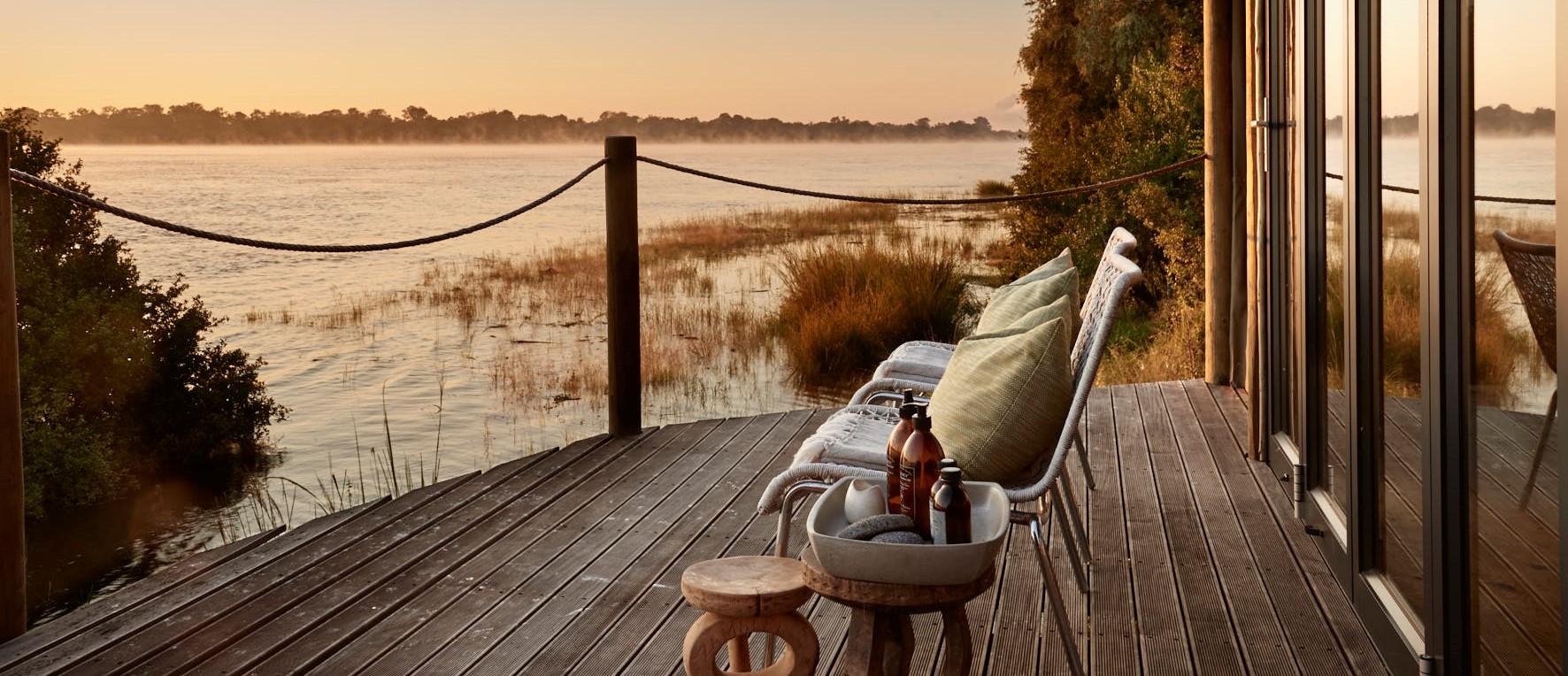 dawn-mist-zambezi-zimbabwe