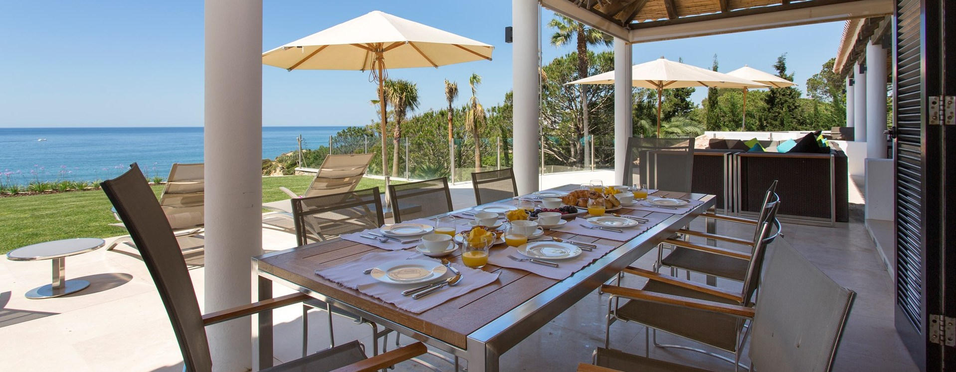 villa-balbina-al-fresco-dining