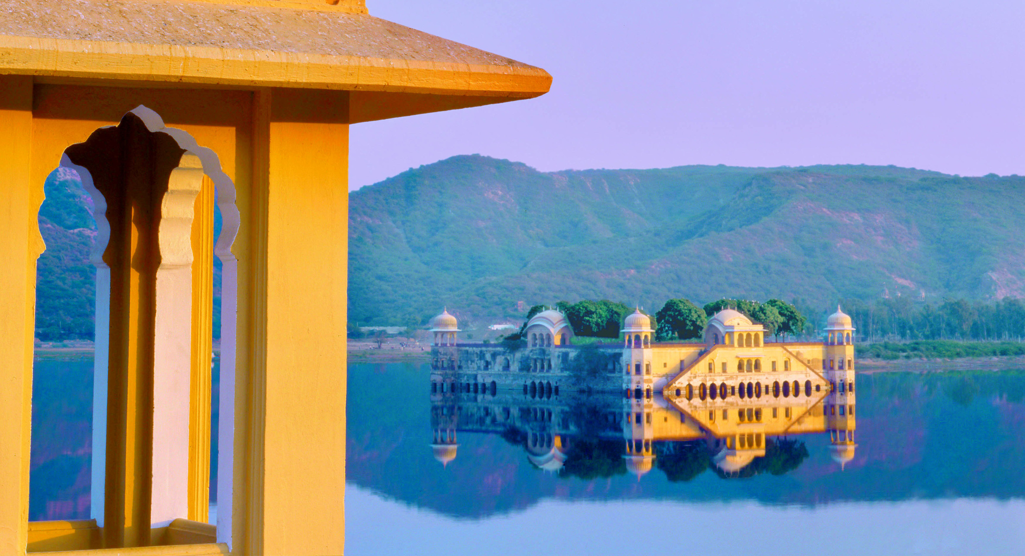 jal-mahal-view