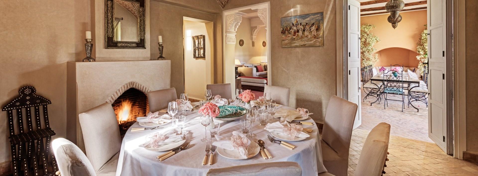 villa-dar-tamazerte-indoor-dining
