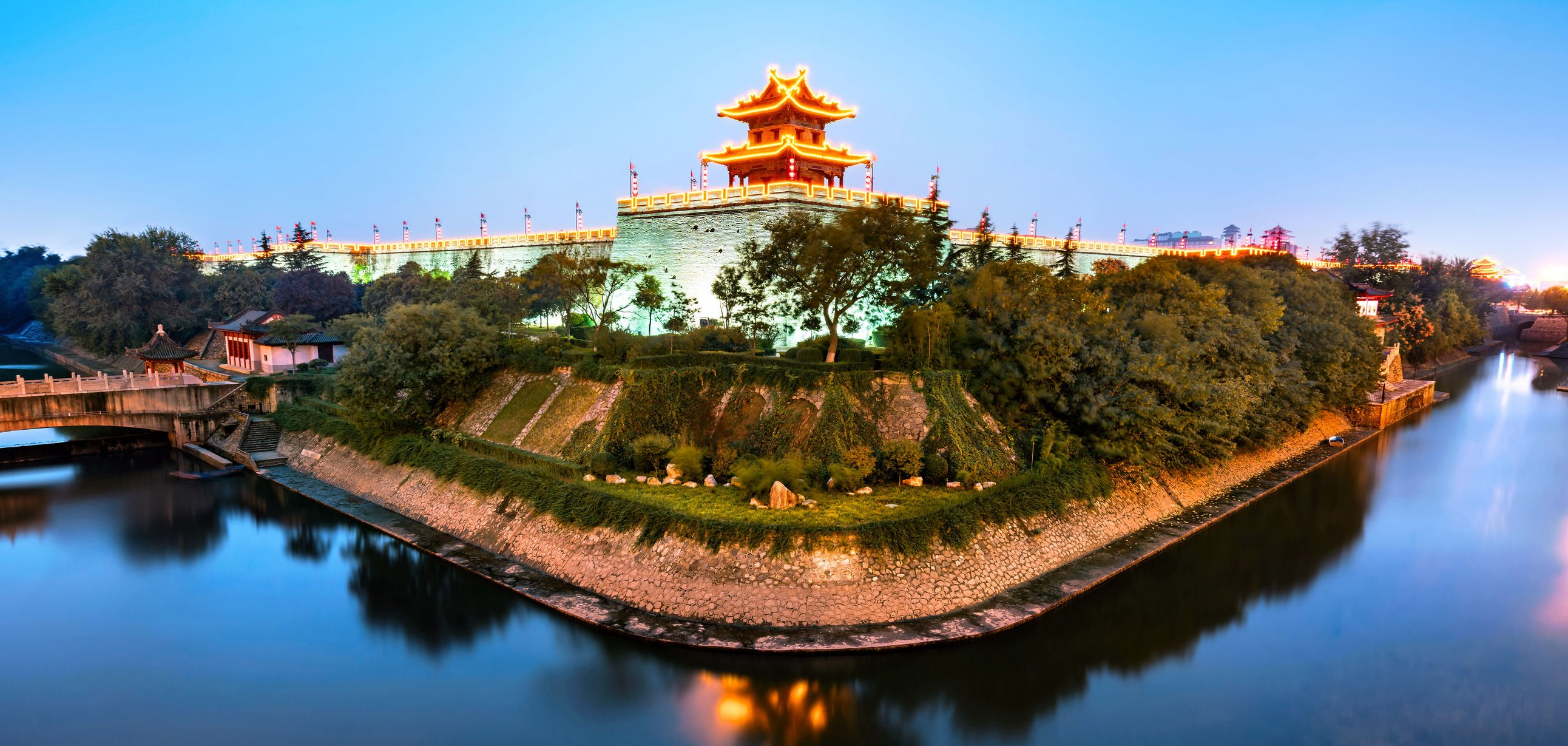 xian-city-ramparts-china
