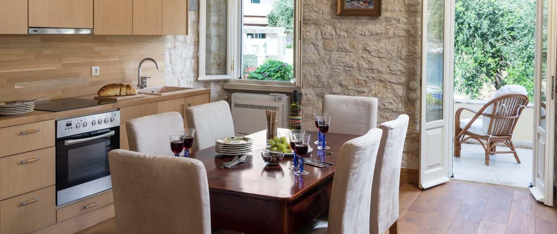 villa-archontiko-corfu-kitchen