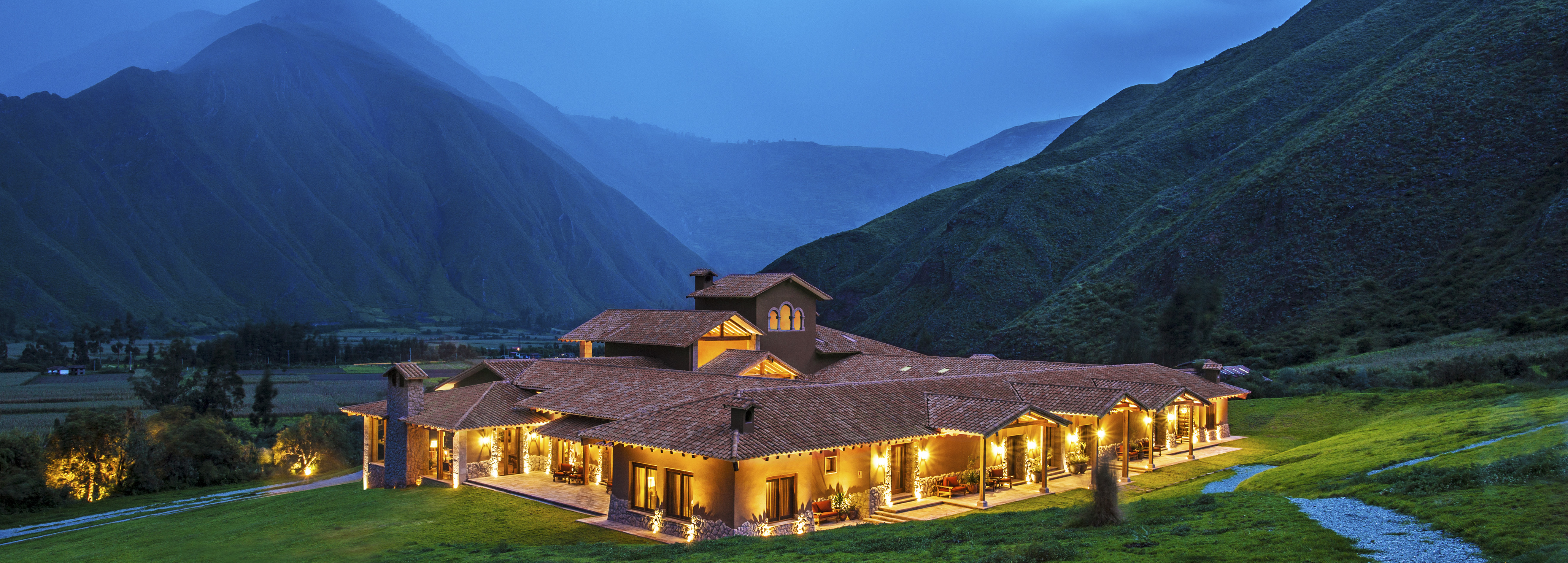 inkaterra-hacienda-urubamba-night