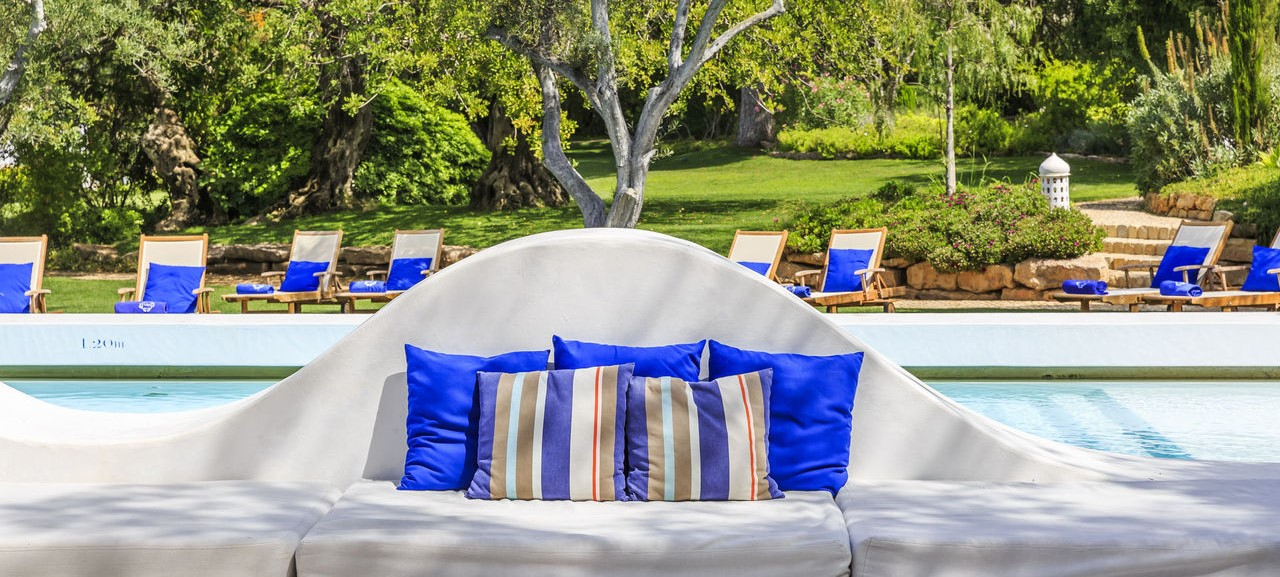 vila-monte-farm-house-pool