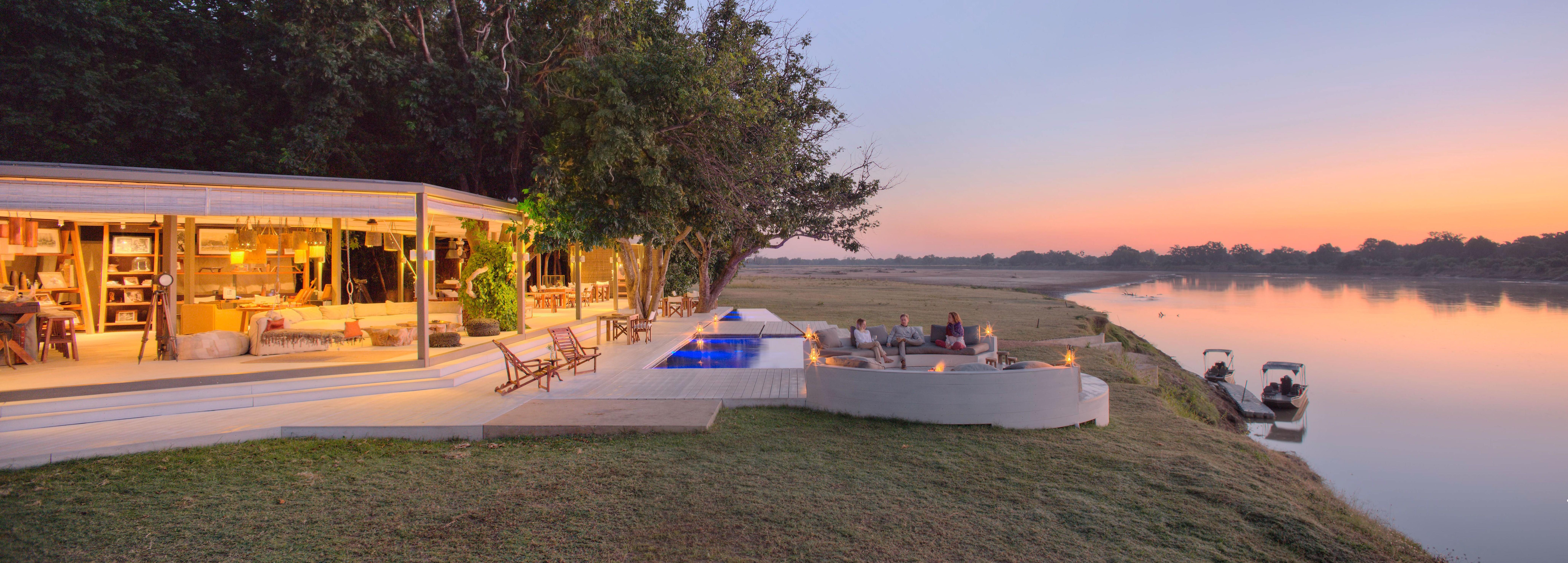 luxury-safari-lodge-luangwa-valley