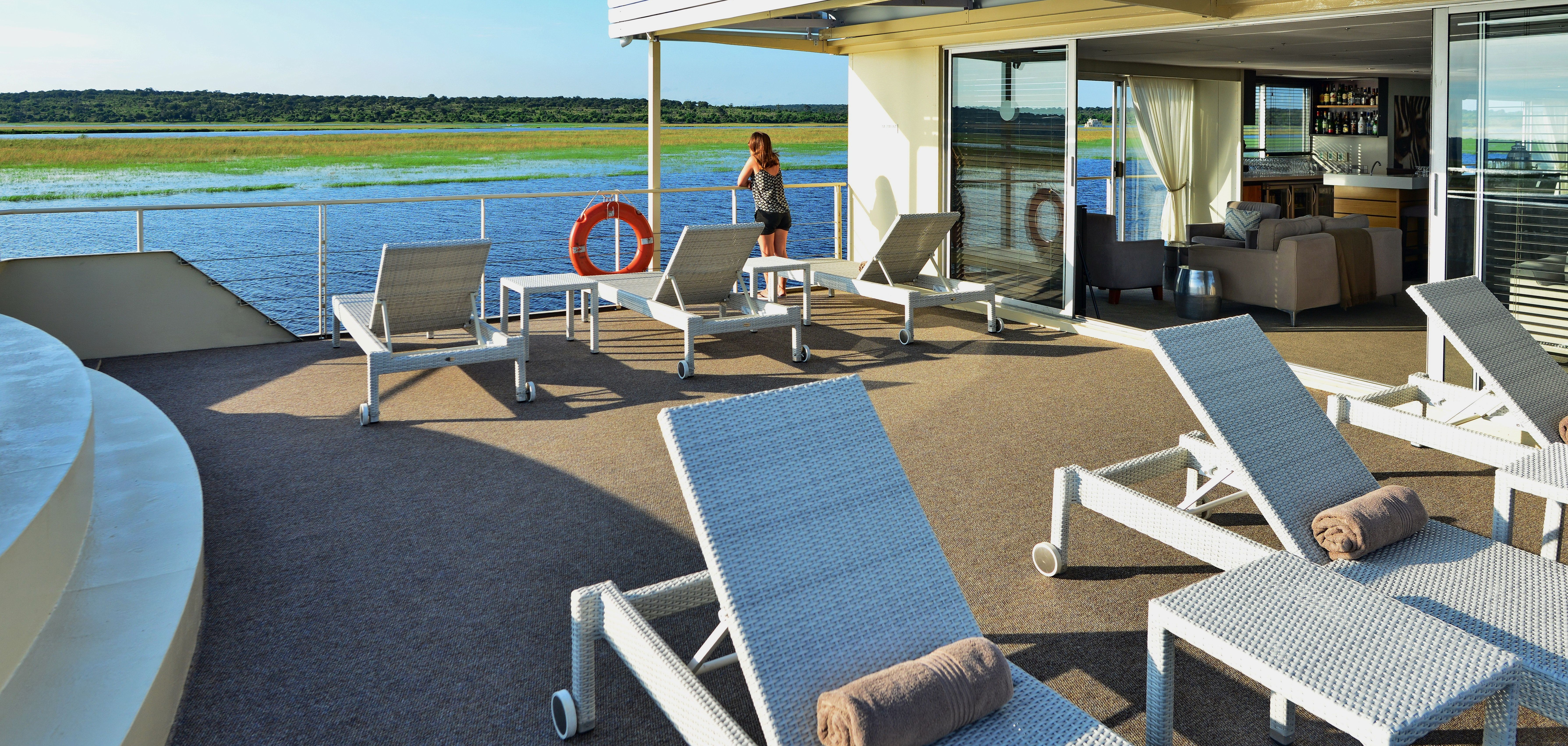 zambezi_queen_pool_deck_chobe_river
