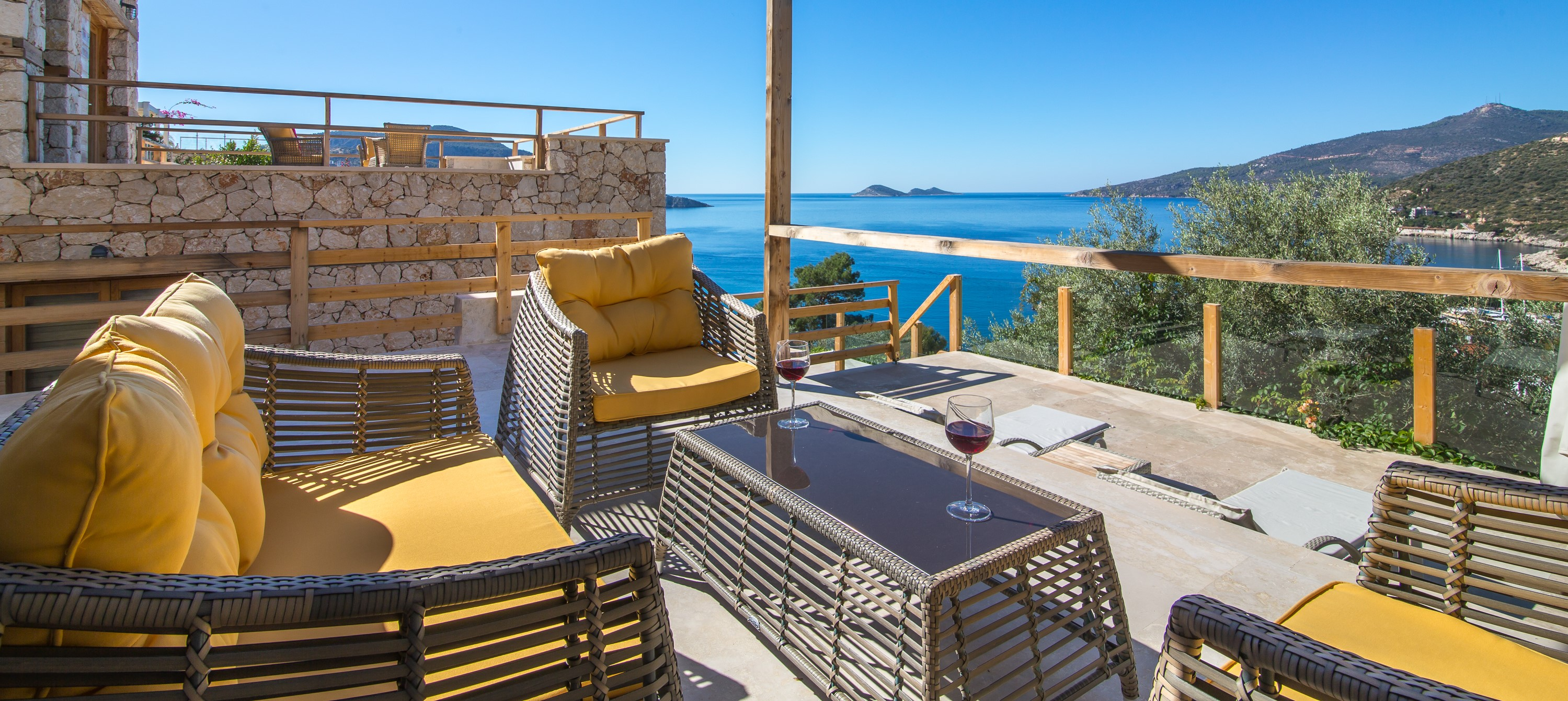 villa-malikani-kalkan-terrace