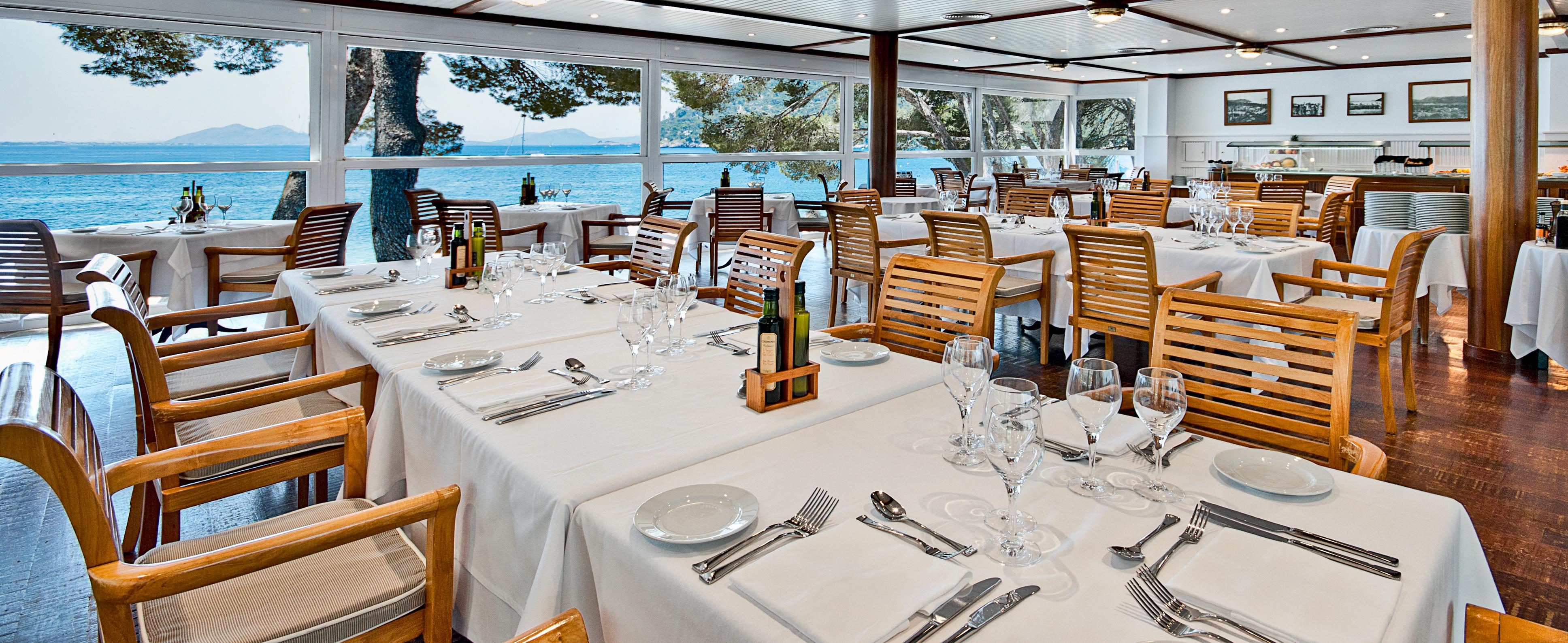 seaside-restaurant-mallorca