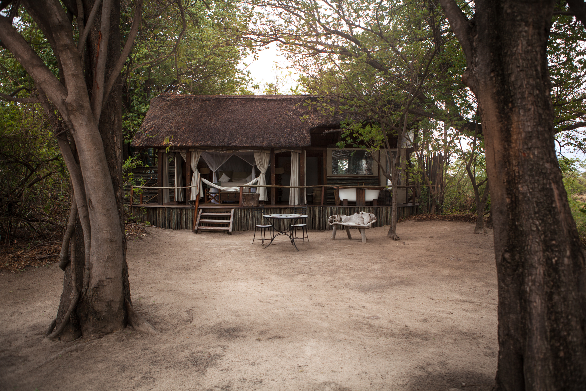 sindabezi-island-honeymoon-cottage