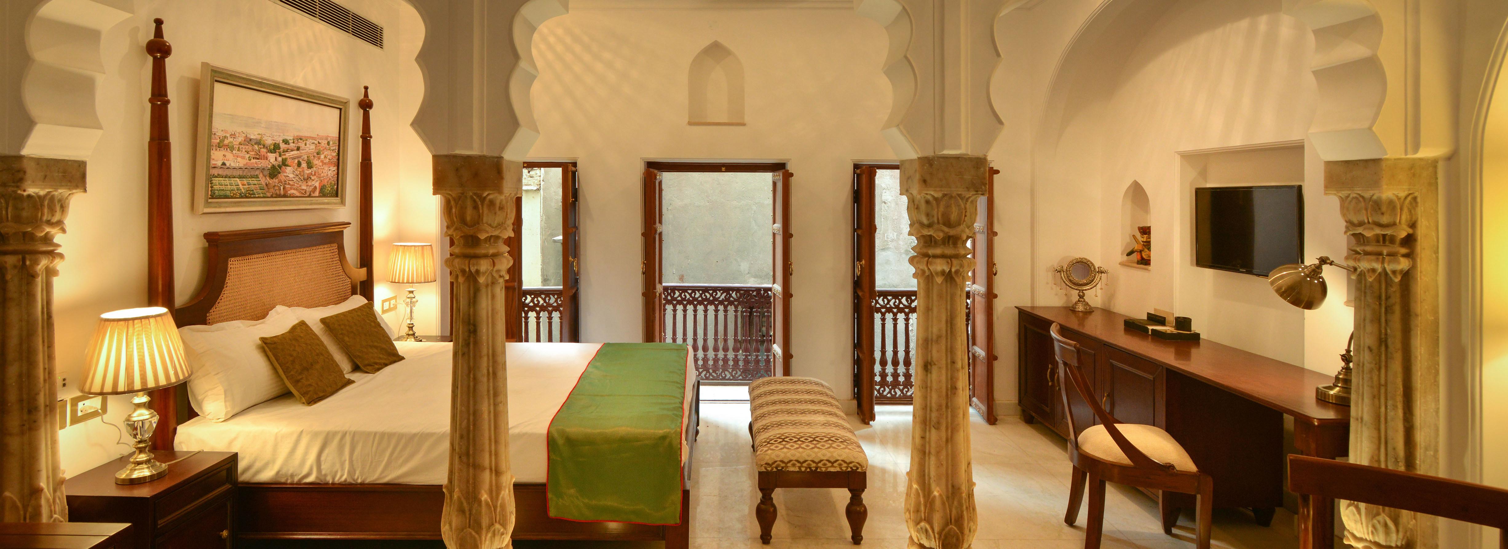 Diwan-e-Khas-Room