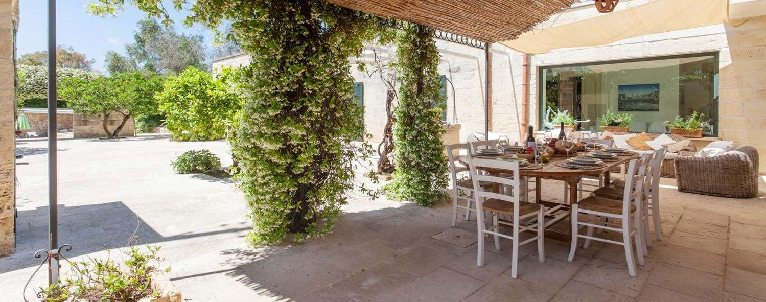 luxury-puglia-villa-terrace
