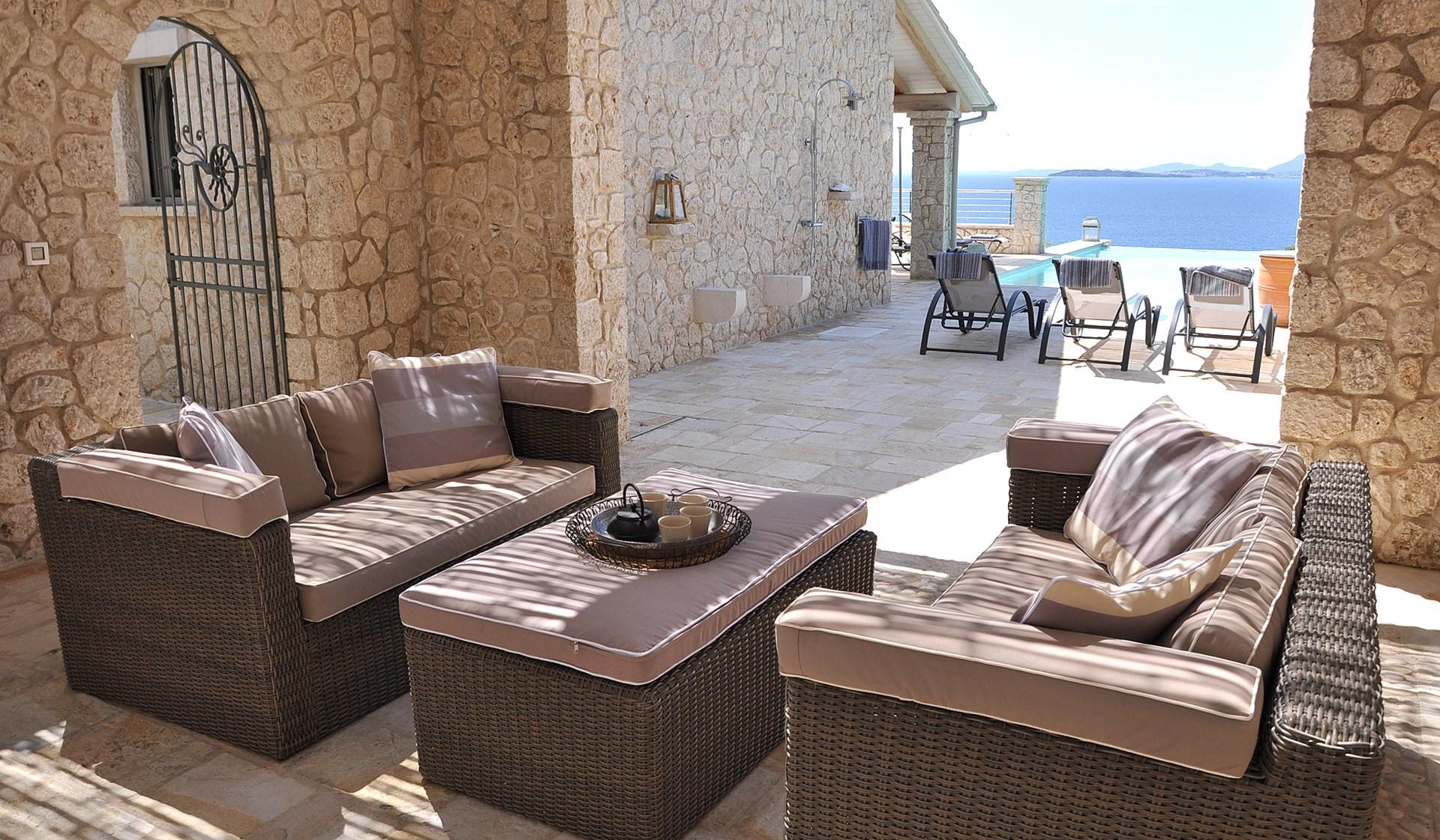 luxury-5-bed-pool-villa-corfu