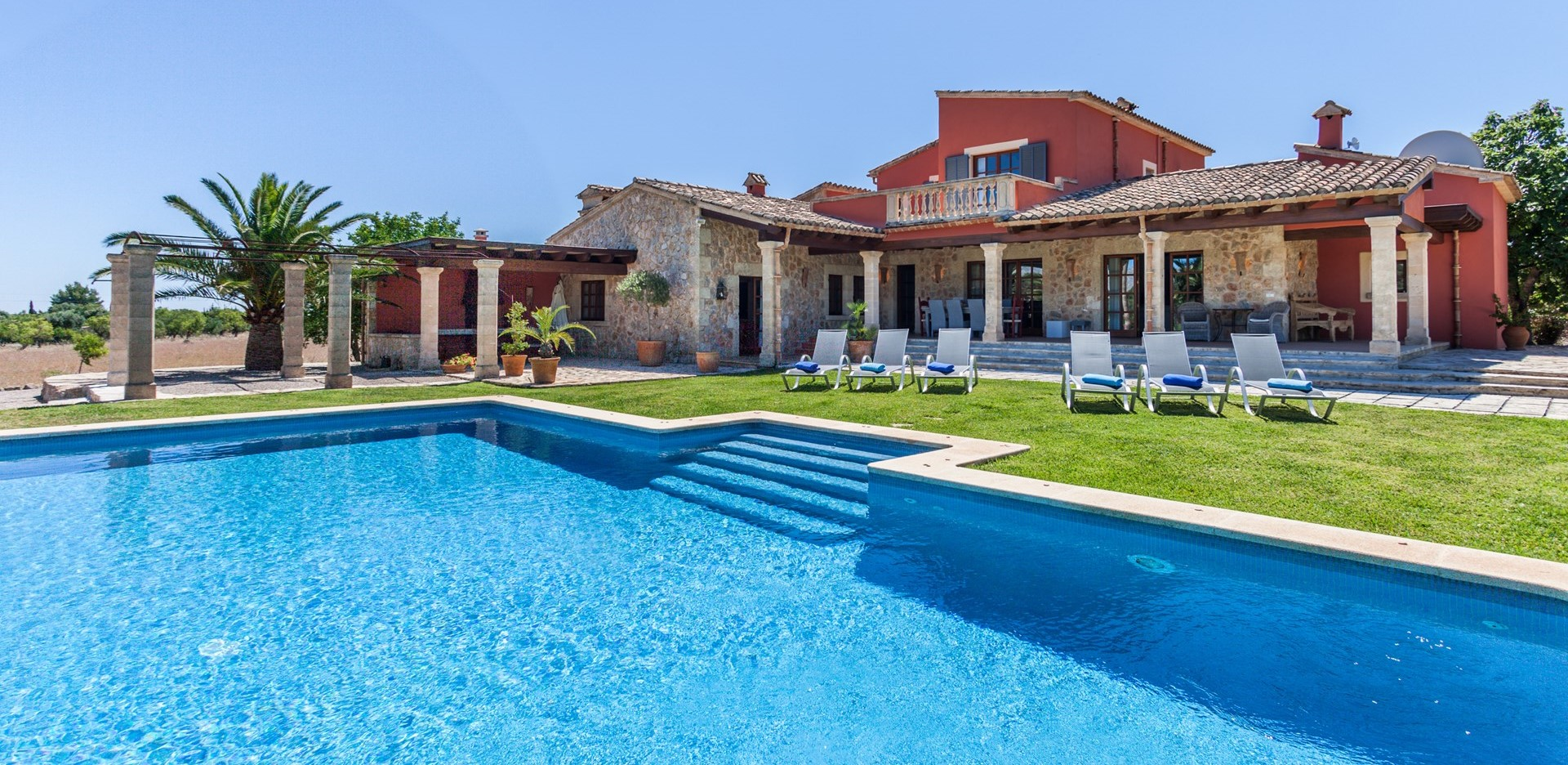 luxury-3-bedroom-villa-mallorca