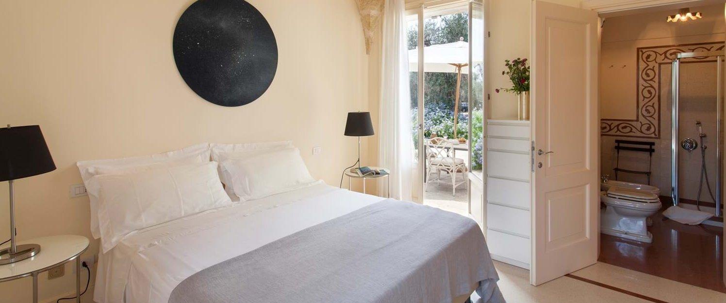 villa-tre-ulivi-double-bedroom-1