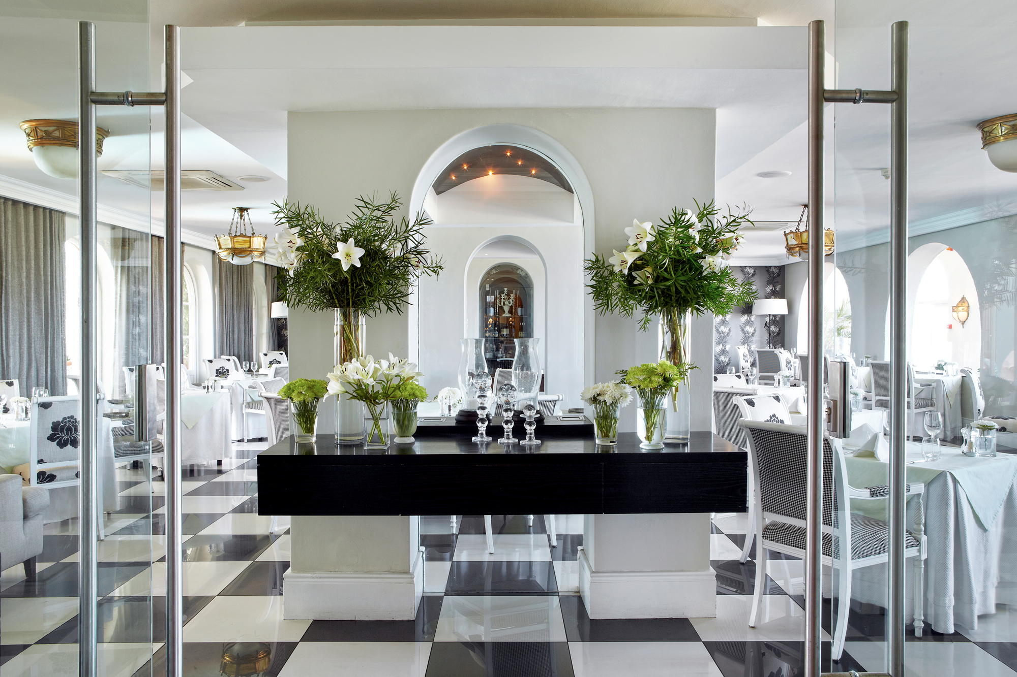 Pavilion-restaurant-marine-hotel